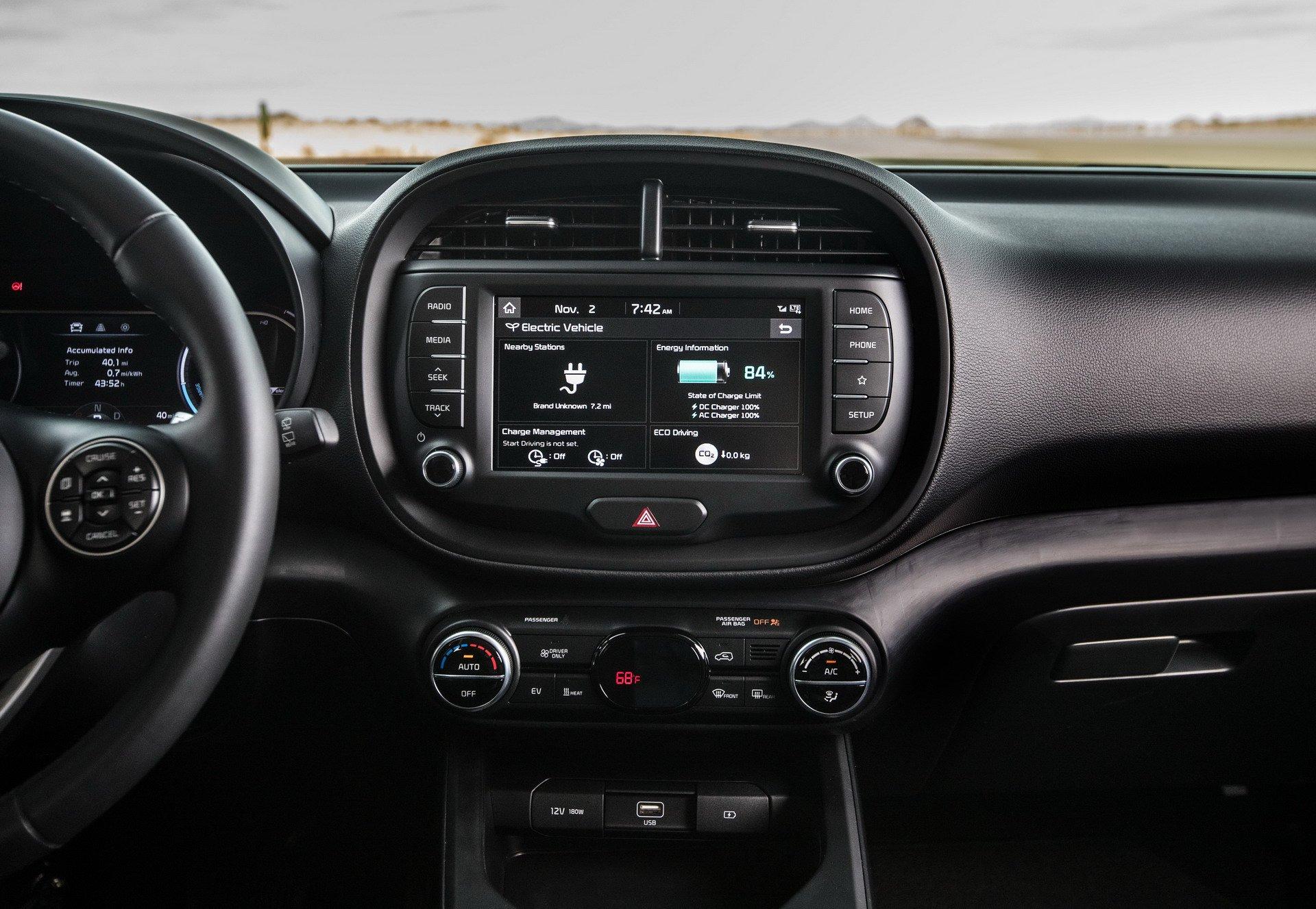 2020 Kia Soul EV Shocks LA With 64 kWh Battery and Acid ...