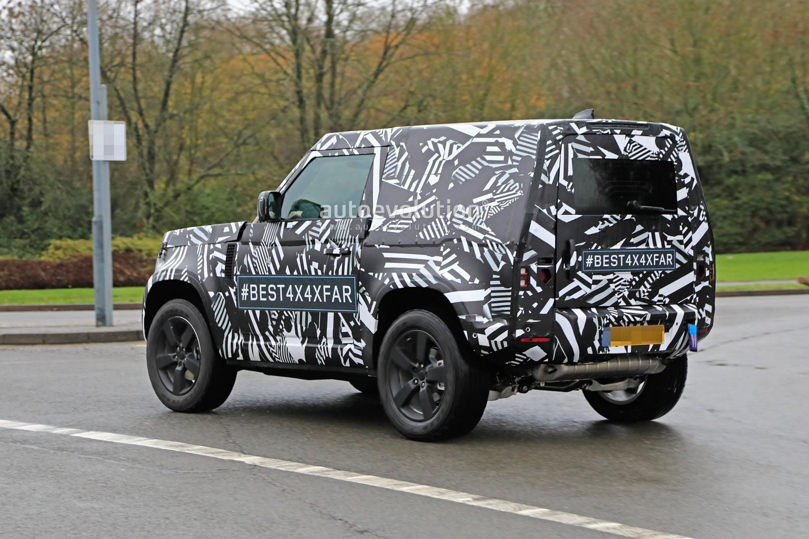 2020 Land Rover Defender 90 Has Short Wheelbase and Three ...