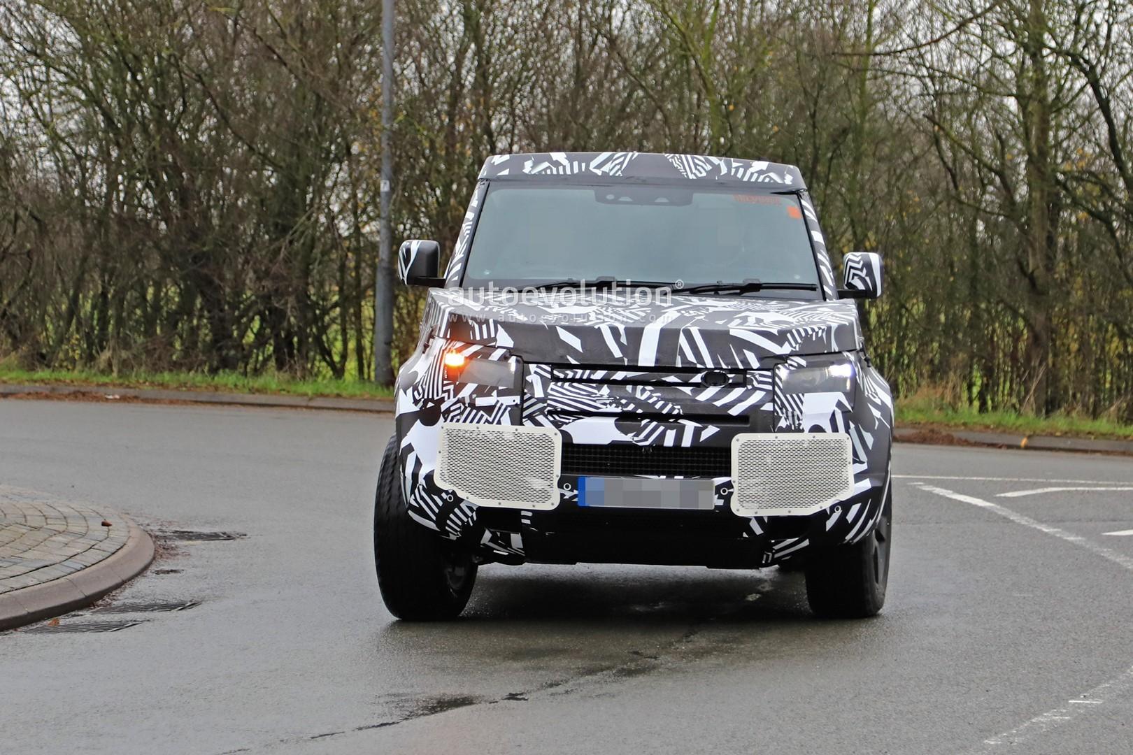 2020 Land Rover Defender 90 Has Short Wheelbase And Three