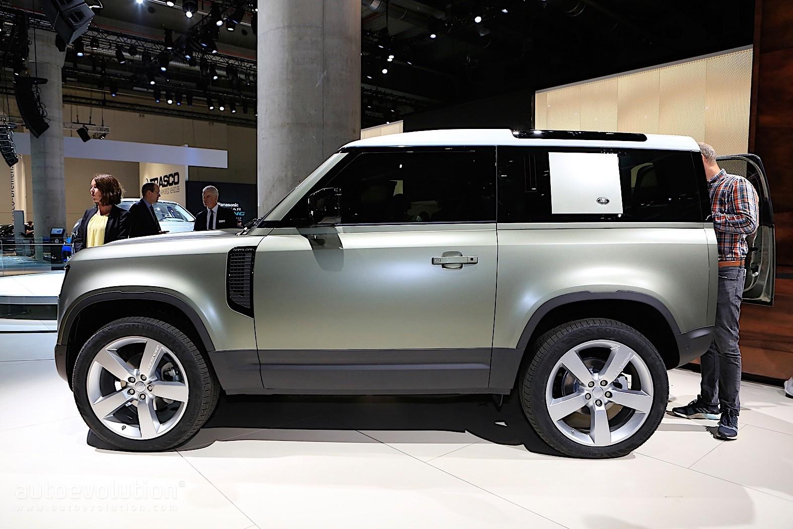 2020 Land Rover Defender Pickup Truck Rendered, Yet It Won ...