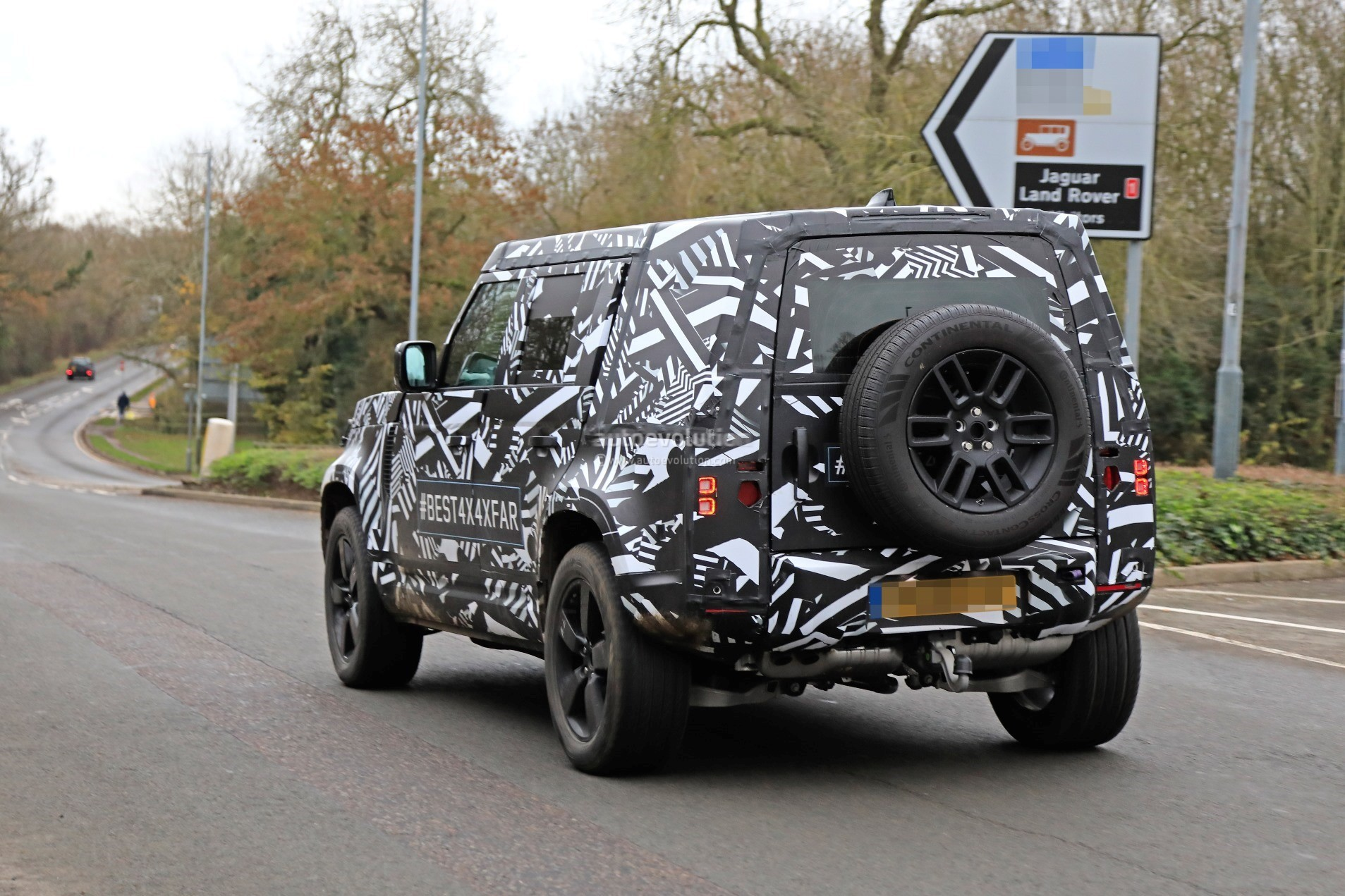 All New Land Rover Defender >> 2020 Land Rover Defender Spied, Transitions To Unibody Construction - autoevolution