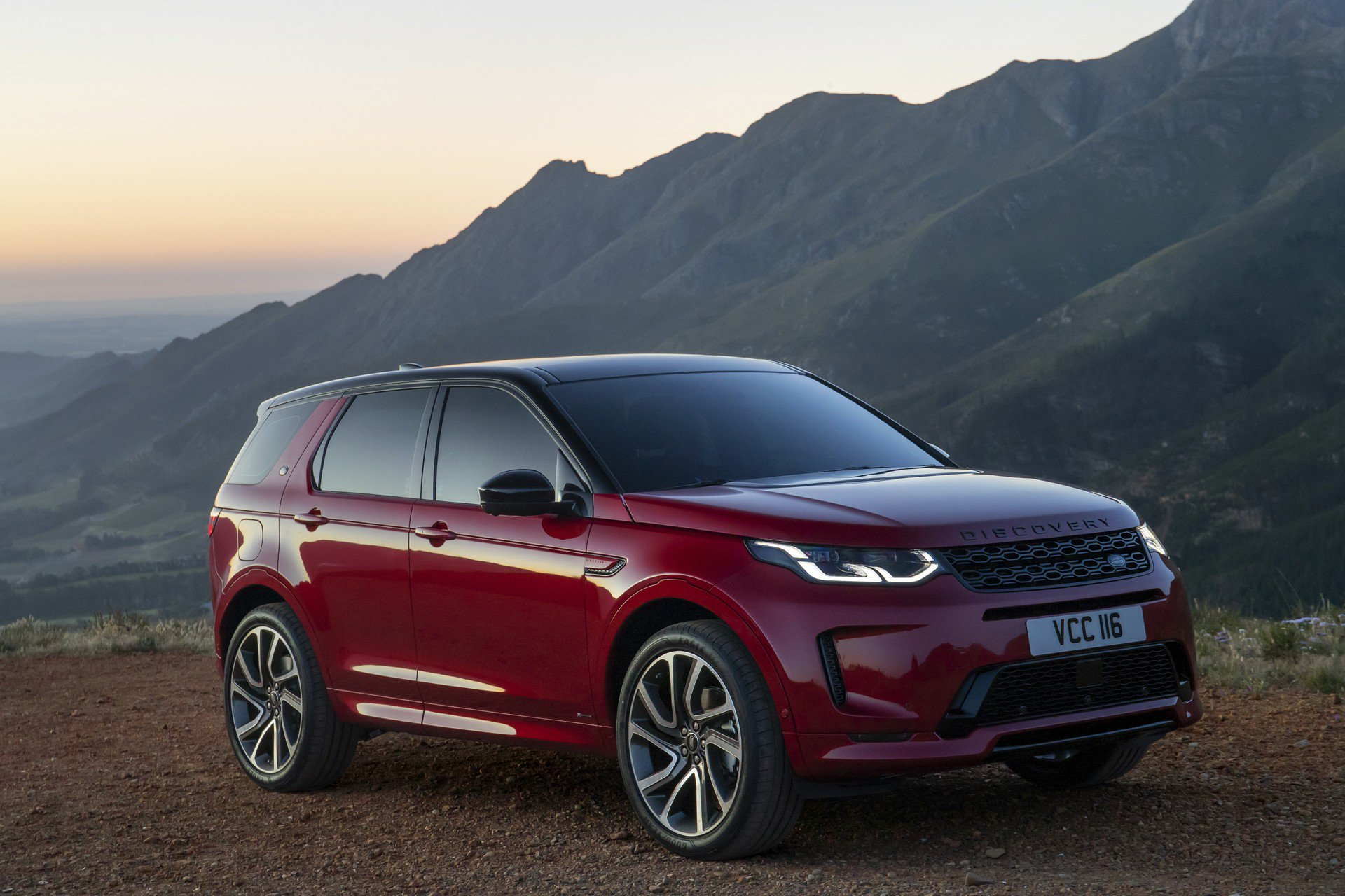 Discovery Land Rover >> 2020 Land Rover Discovery Sport Gets Mild-Hybrid System ...