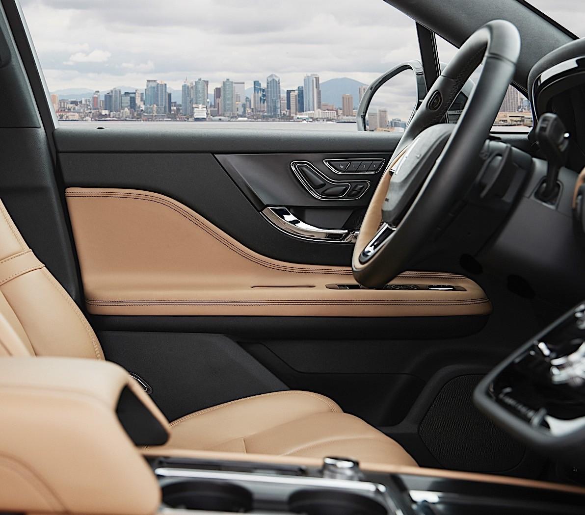 2020 Lincoln Corsair Hits Small Luxury SUV Segment With