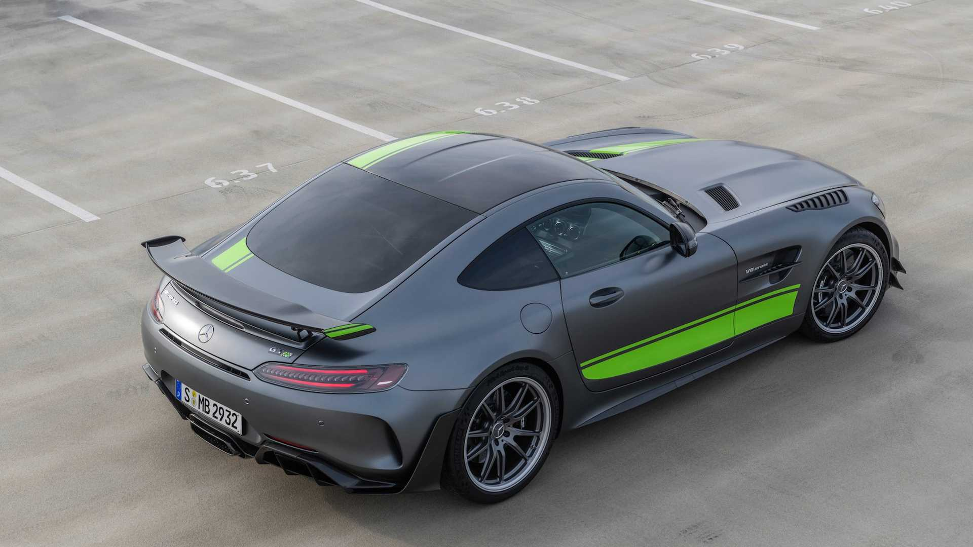2020 Mercedes Amg Gt R Pro Leads Facelifted Lineup With