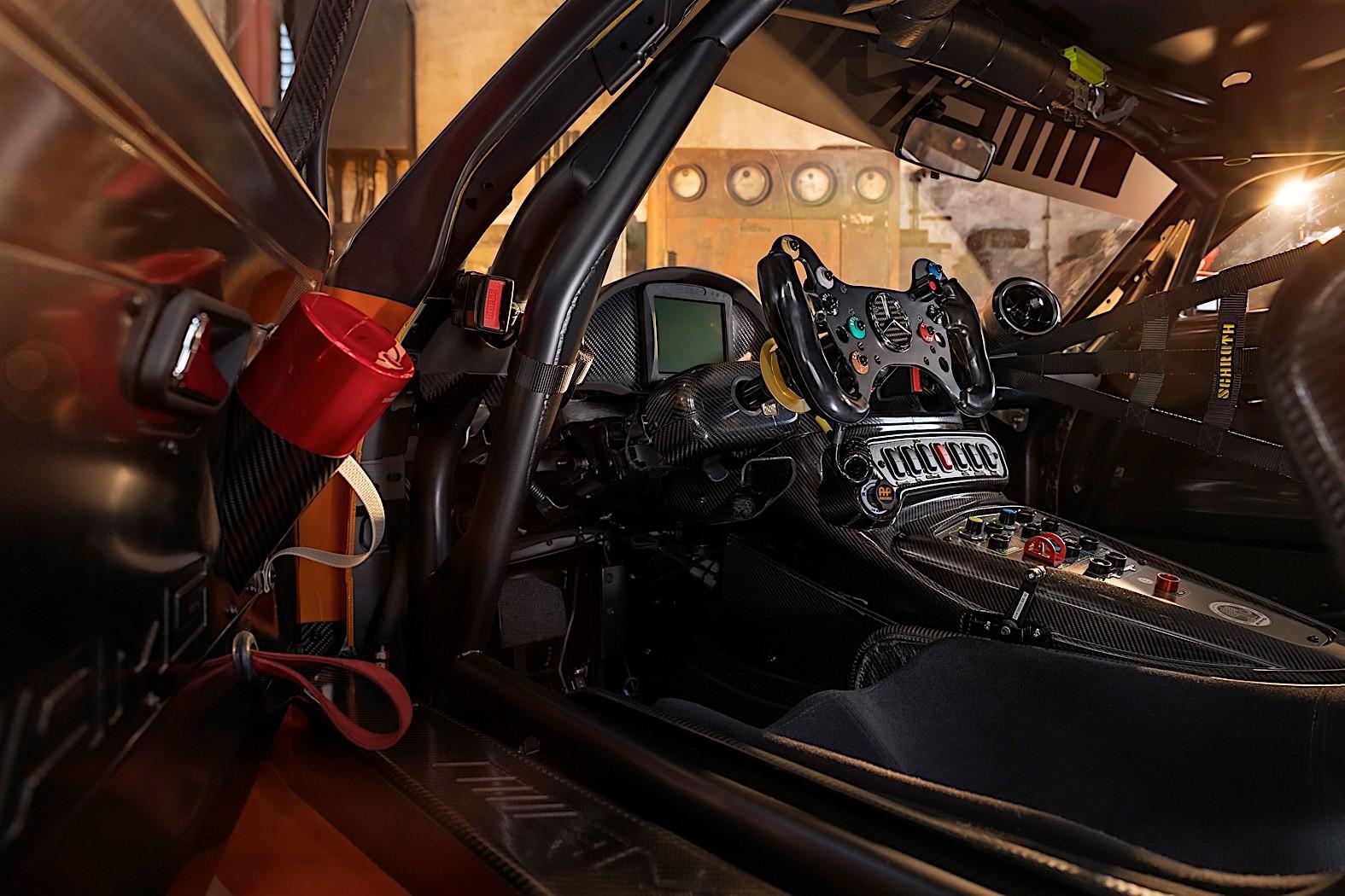 2020 Mercedes-AMG GT3 Revealed in Ablaze Orange Before ...