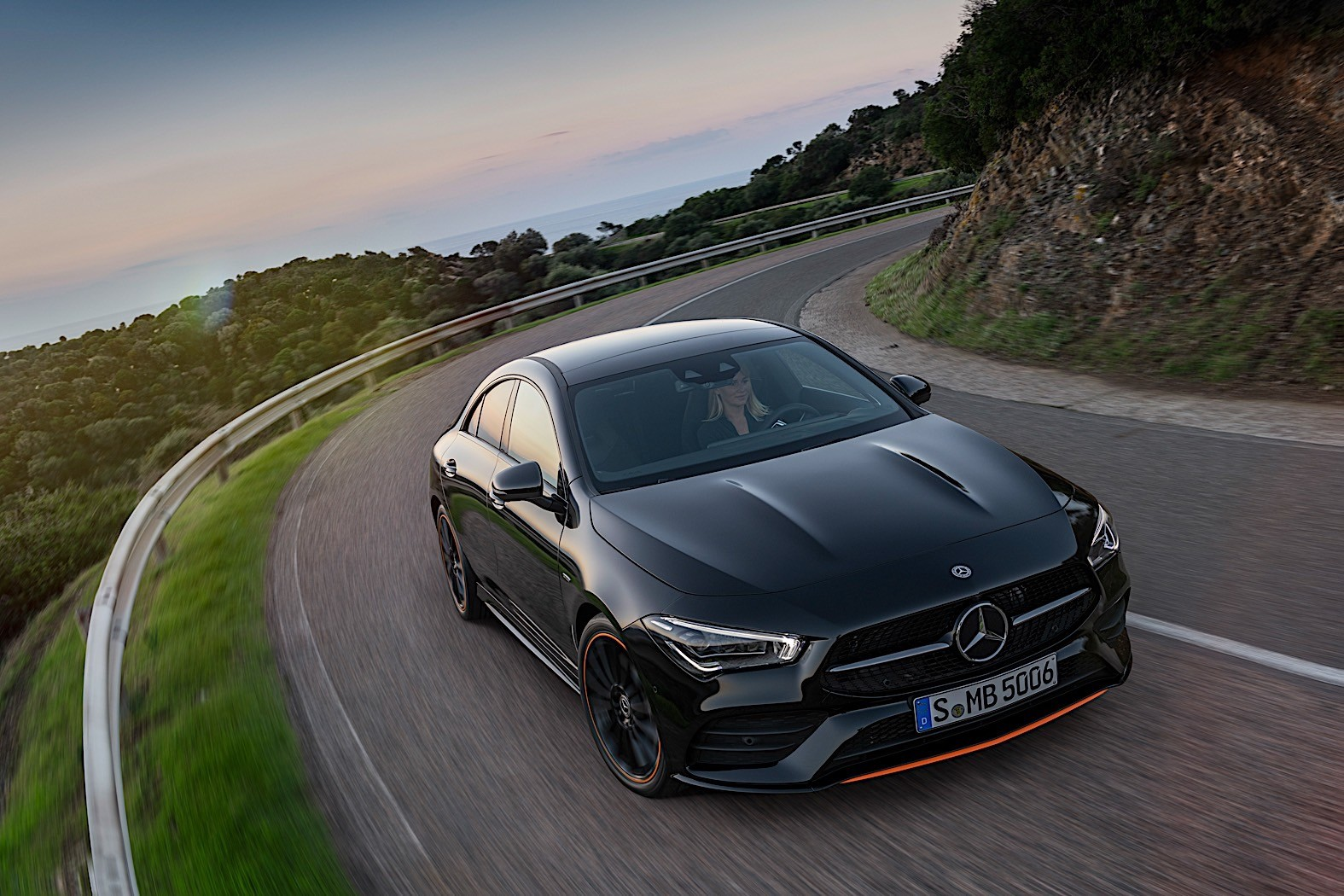 2020 Mercedes-Benz CLA Coupe Unveiled at CES 2019 New MBUX ...