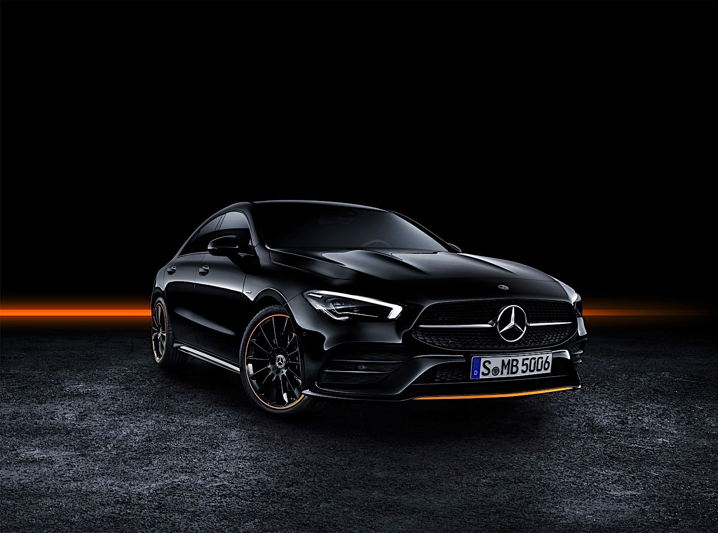 2020 mercedes benz cla coupe unveiled at ces 2019 new mbux and garmin smartwatch autoevolution. Black Bedroom Furniture Sets. Home Design Ideas