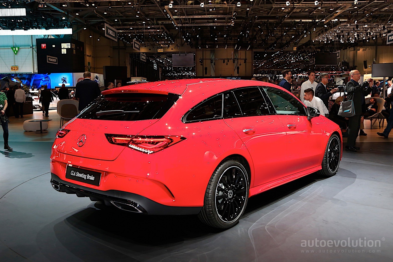2020 mercedes-benz cla shooting brake lures the crowds in geneva