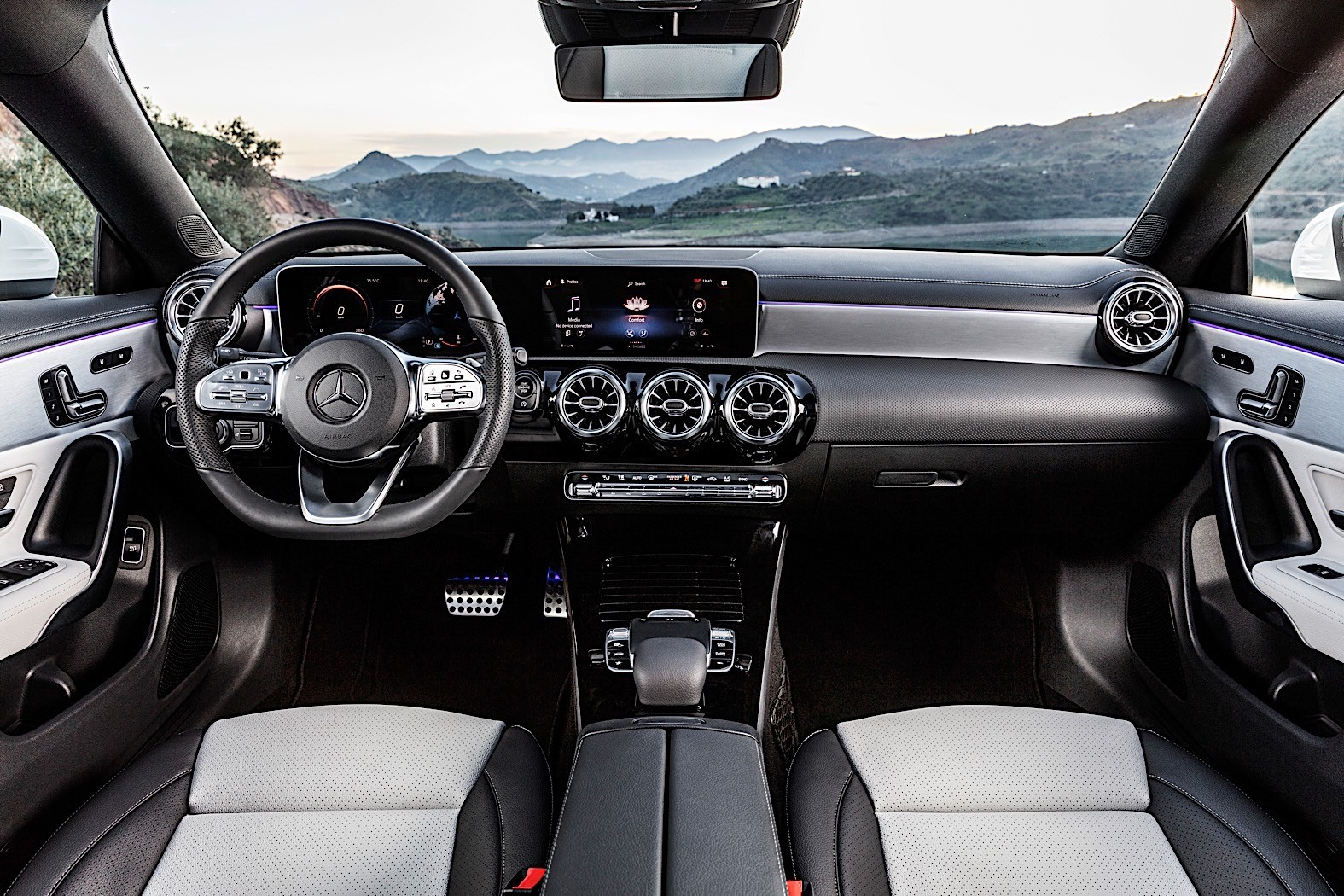 2020 mercedes benz cla turns shooting brake in geneva. Black Bedroom Furniture Sets. Home Design Ideas