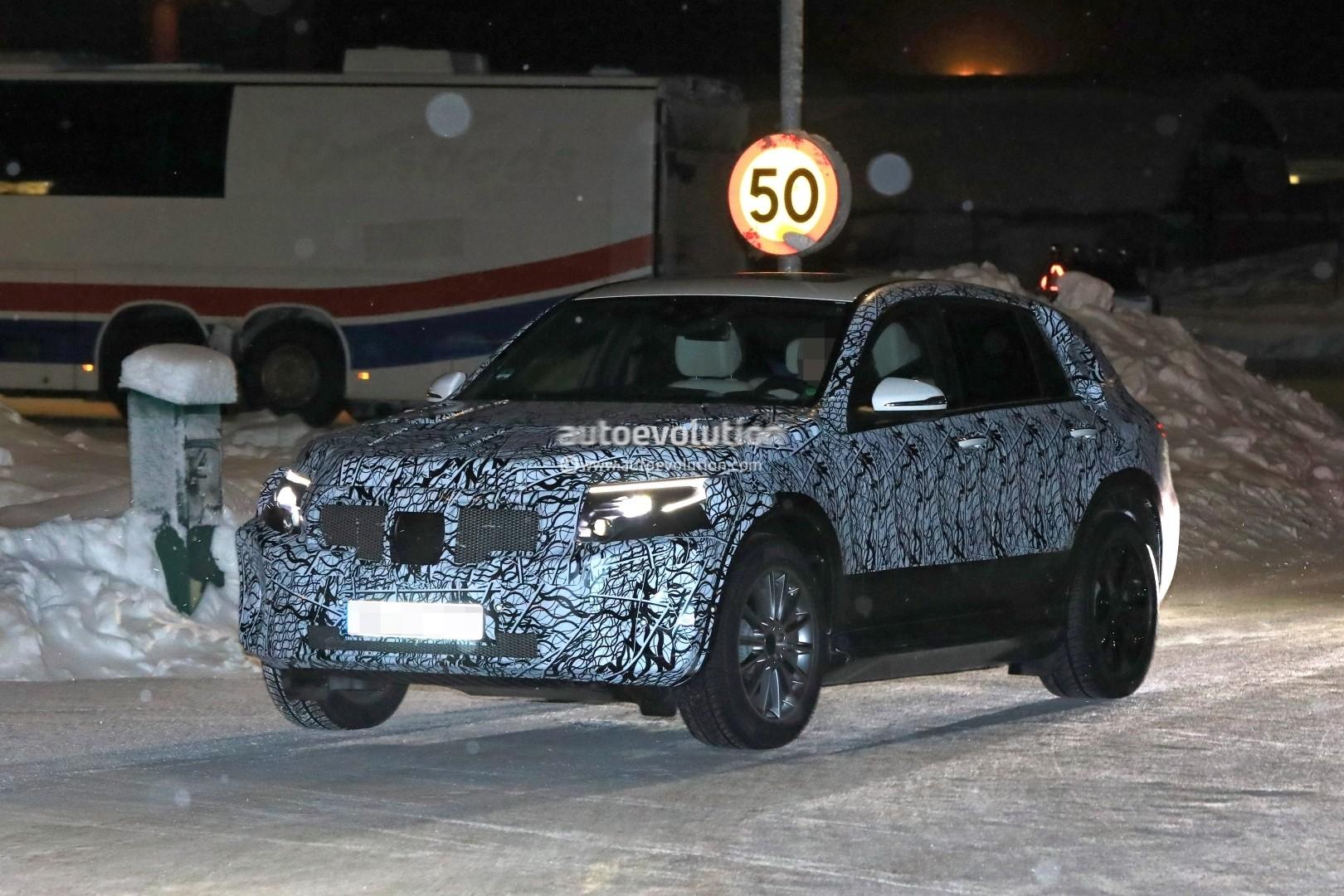 Mercedes Camper Van >> 2020 Mercedes-Benz EQC Electric SUV Makes Spyshot Debut, Prototype Looks Sleek - autoevolution