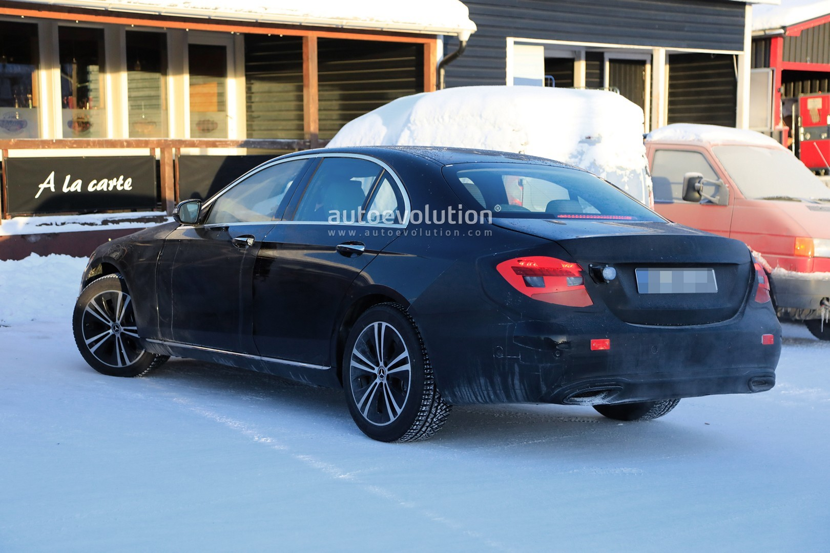 2020 mercedes e-class facelift spied with new taillights  refreshed interior