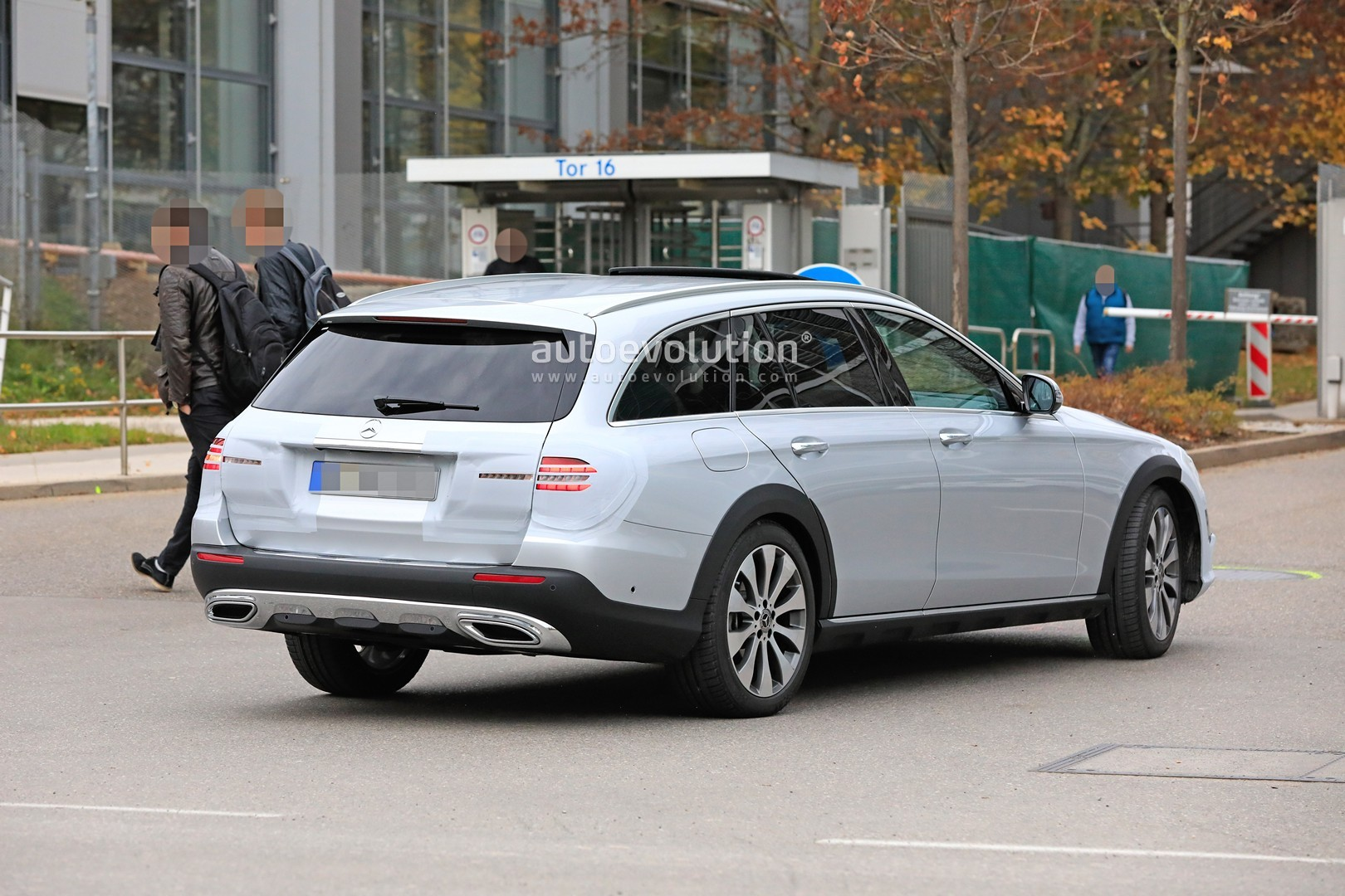 2020 mercedes-benz e-class spied  is getting a new face inspired by cls-class