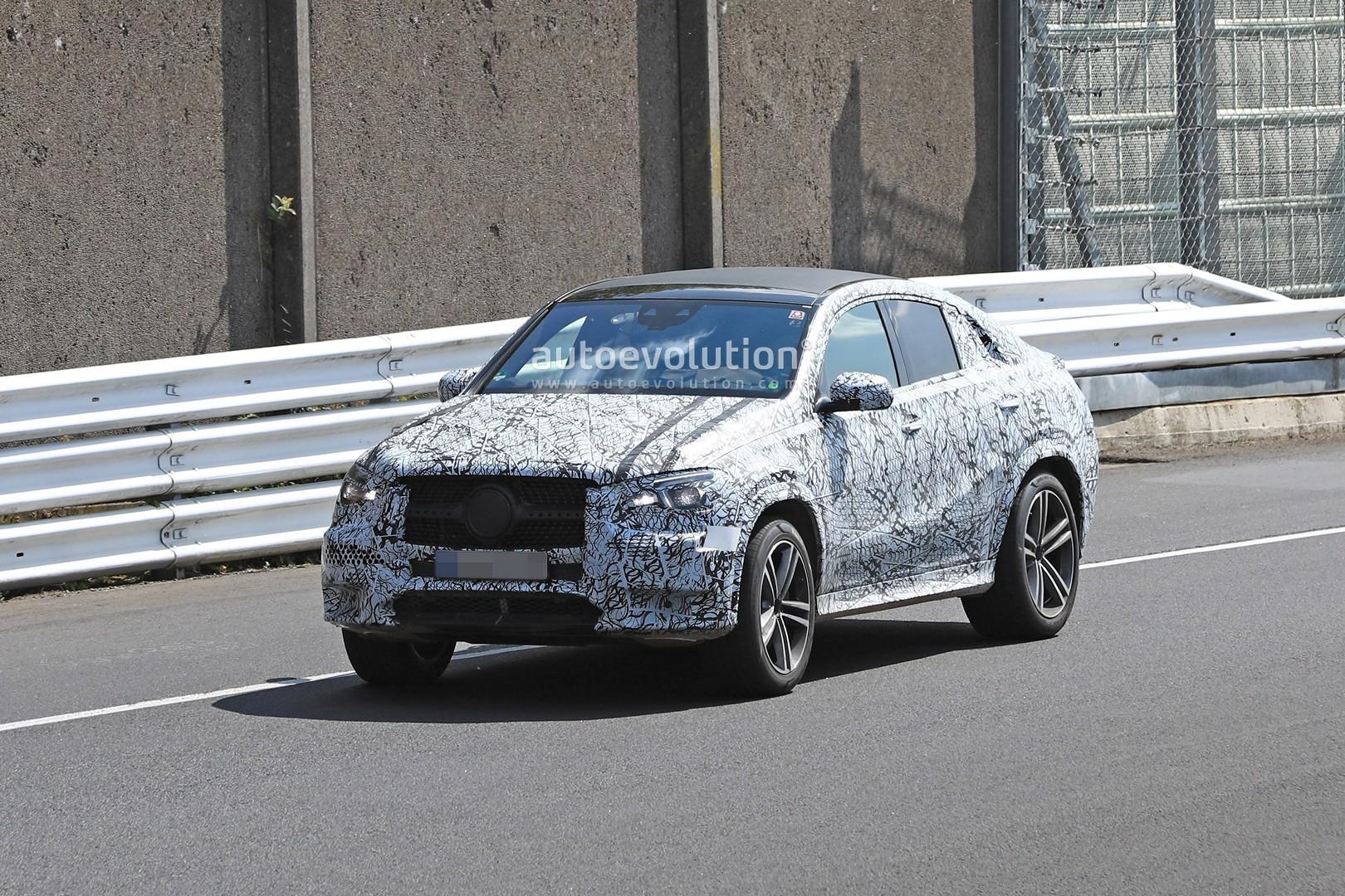 2020 mercedes gle coupe makes nurburgring spyshots debut autoevolution. Black Bedroom Furniture Sets. Home Design Ideas