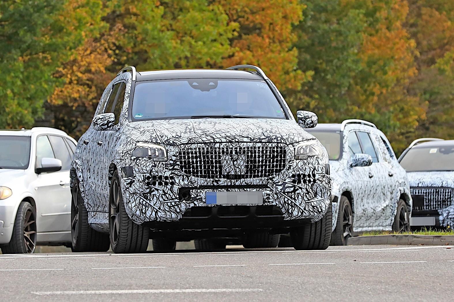 2020 Mercedes Maybach Gls Meets Mercedes Benz Gls In Rare