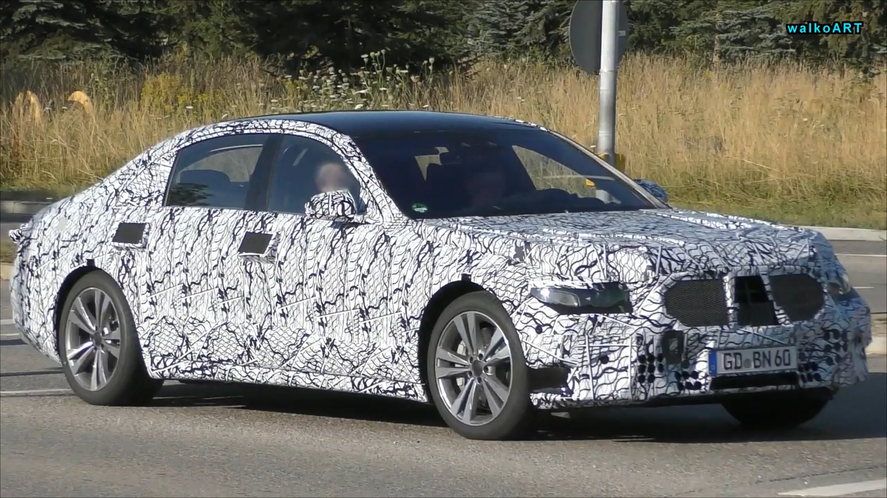 Mercedes Benz Symbol >> 2020 Mercedes-Benz S-Class Shows Double Exhaust, LED Lights in New Spy Video - autoevolution