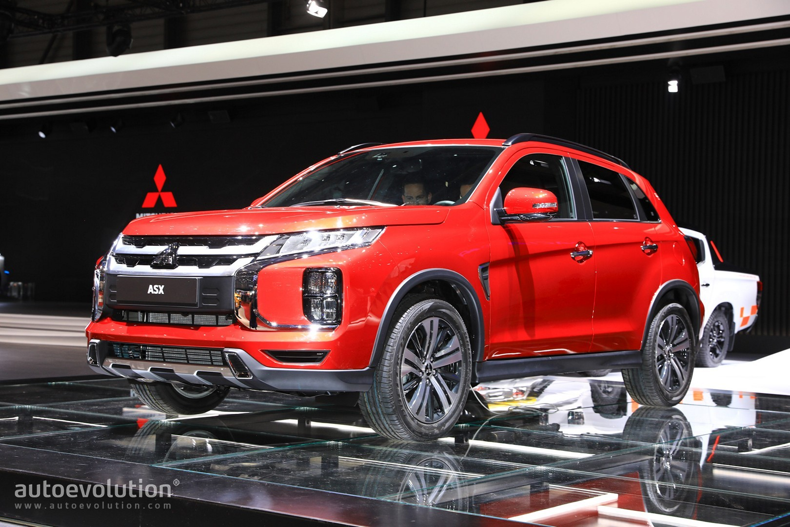 Mitsubishi Confirms Cuv Coupe For 2017 Will Slot Above The