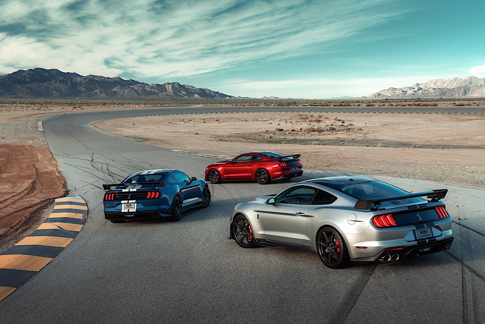 2020 Mustang Shelby GT500: Hear the Mighty Roar of the ...