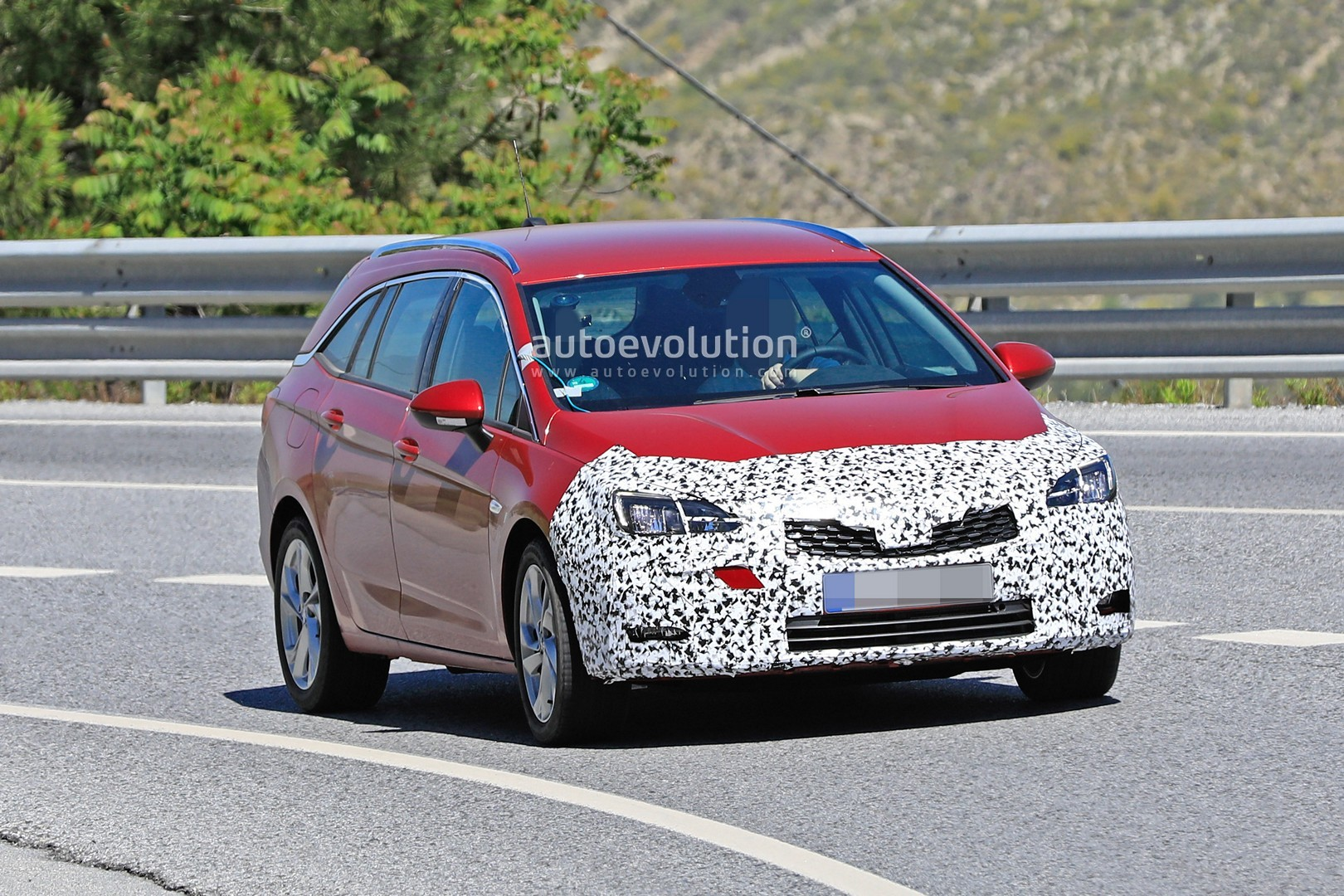 2020 Opel Astra Wagon Spied With Mild Facelift Getting Ready For