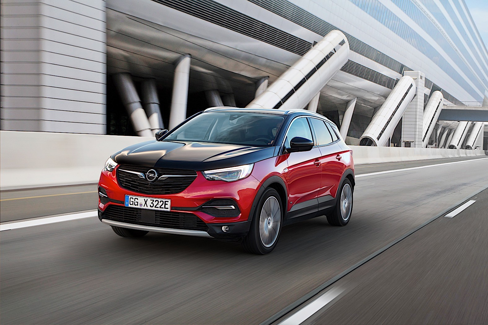 2020 opel grandland x hybrid4 revealed as carmaker s first phev offers 300 hp autoevolution