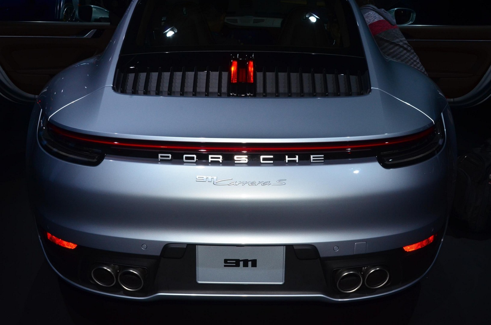 Track Only Porsche 911 GT2 RS Clubsport Revealed - 200 Units