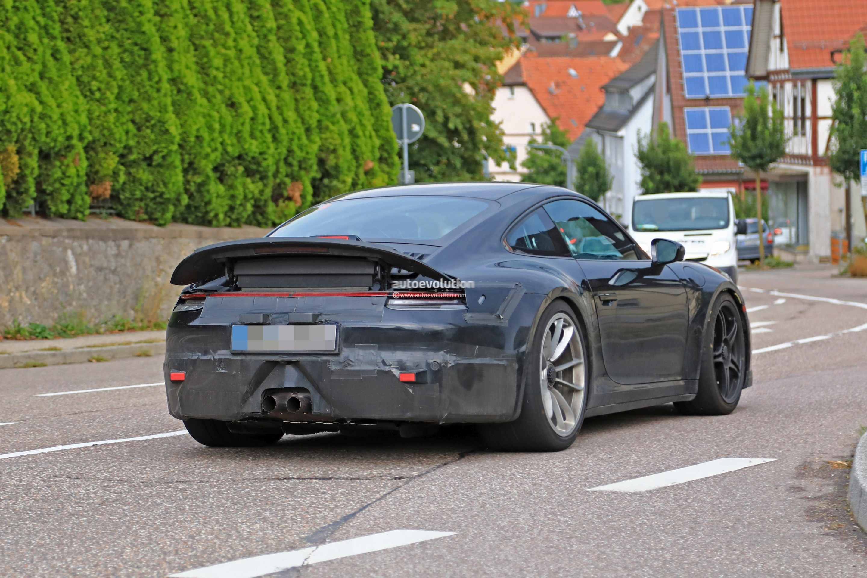 2020 Porsche 911 Gt3 Shows Up In Traffic Naturally