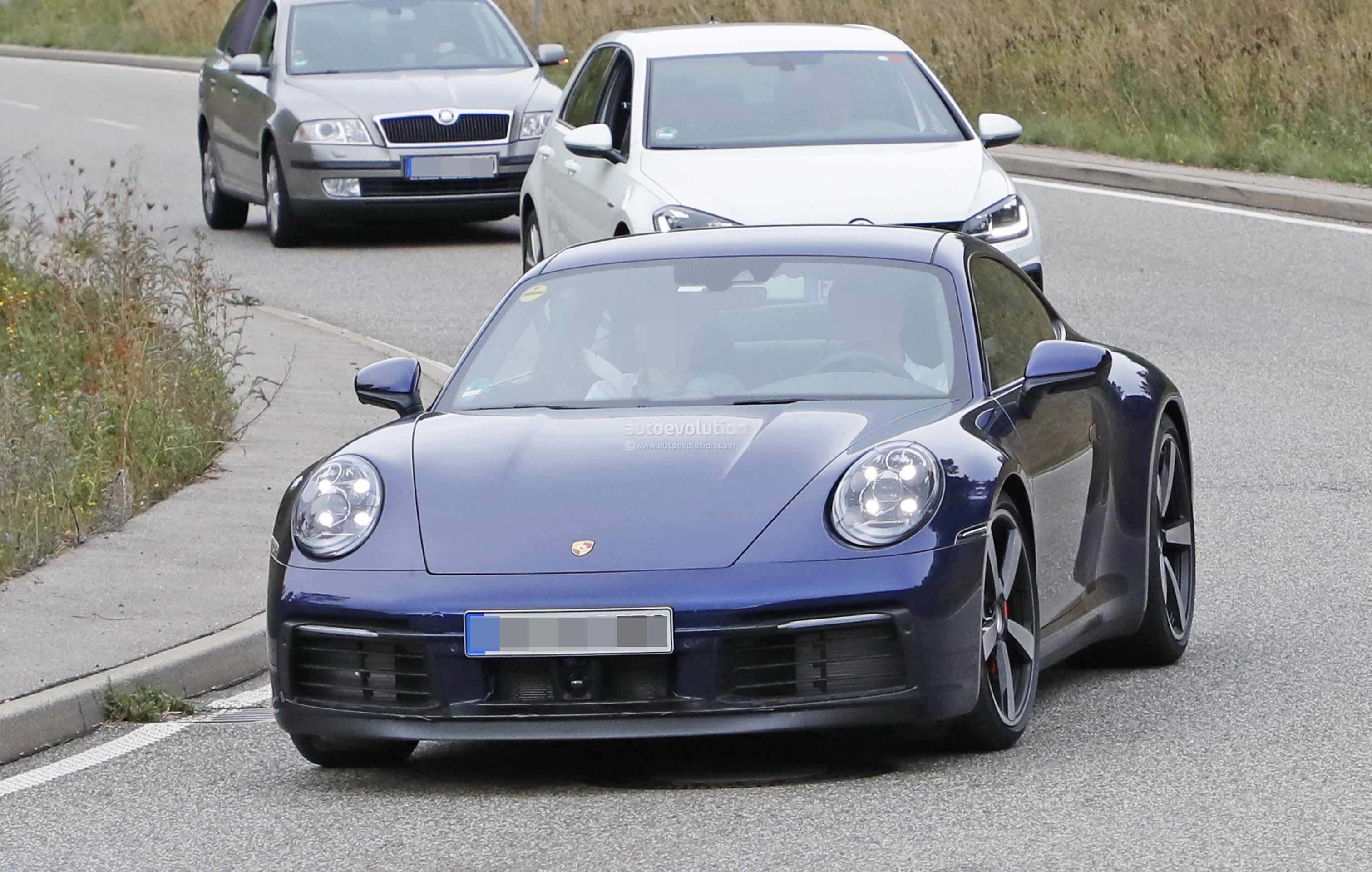 2020 Porsche 911 Revealed by Naked Prototype, Looks All