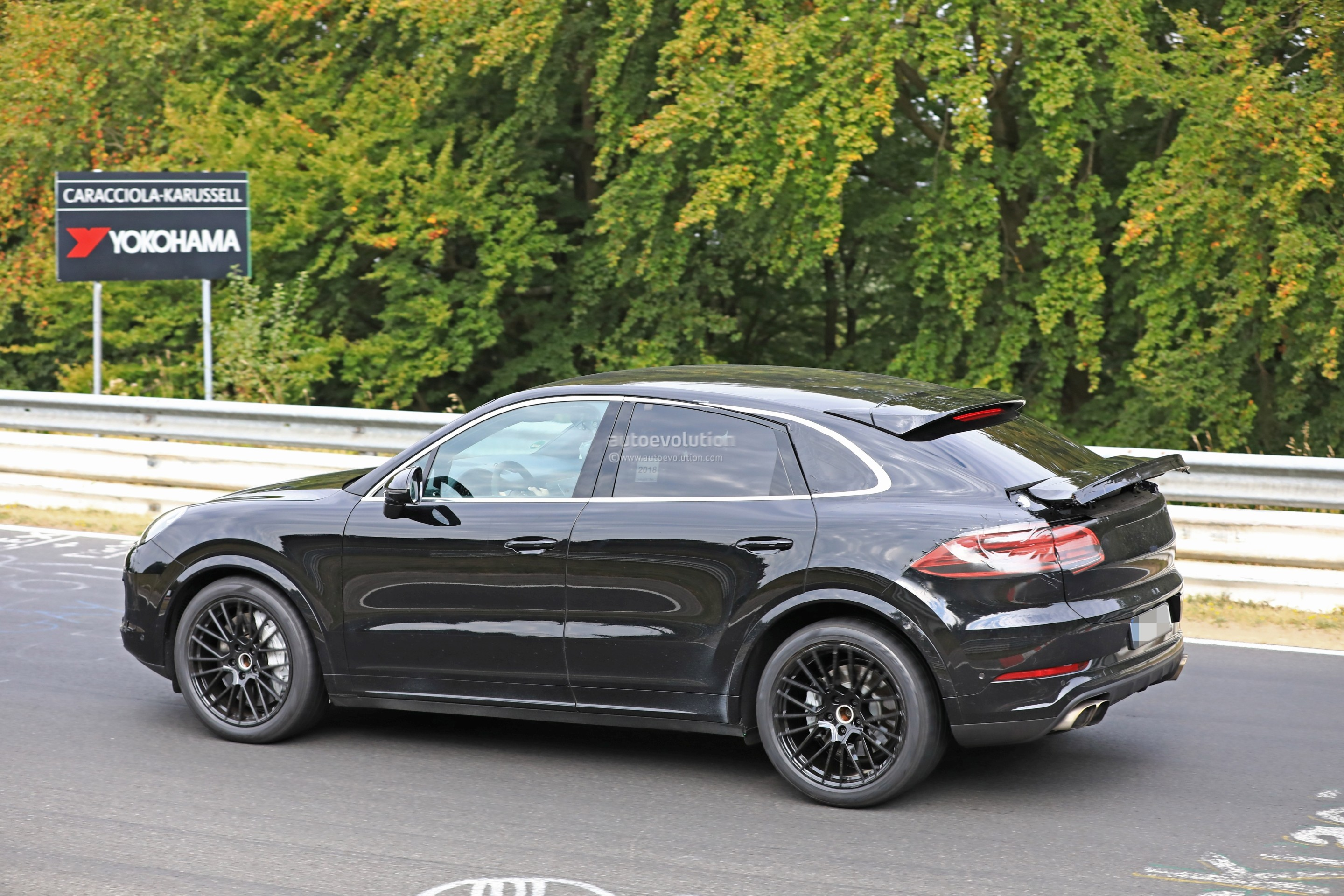 2020 porsche cayenne coupe hits nurburgring prototype. Black Bedroom Furniture Sets. Home Design Ideas