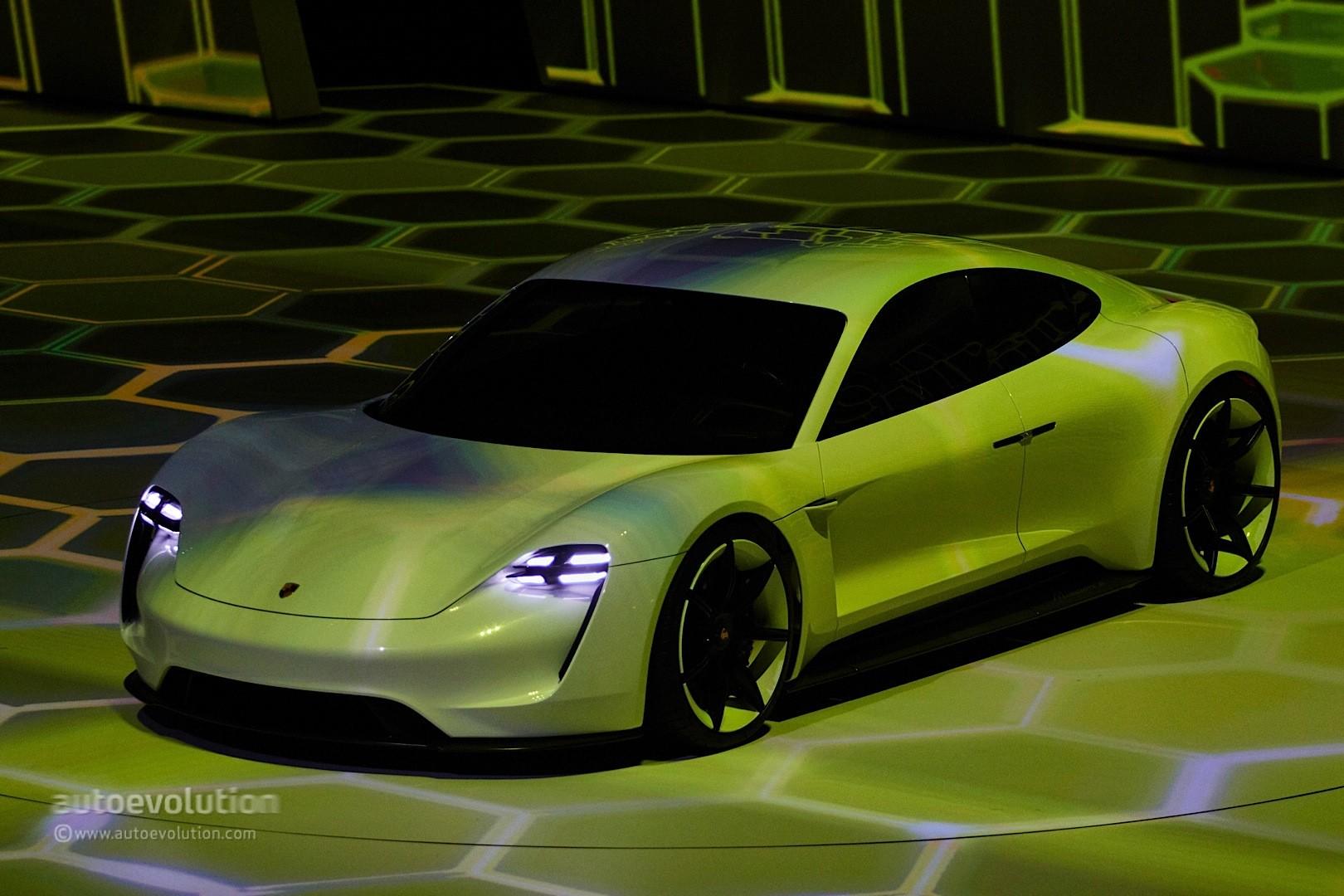 2020 Porsche Taycan Strolls In Mountain View, California ...