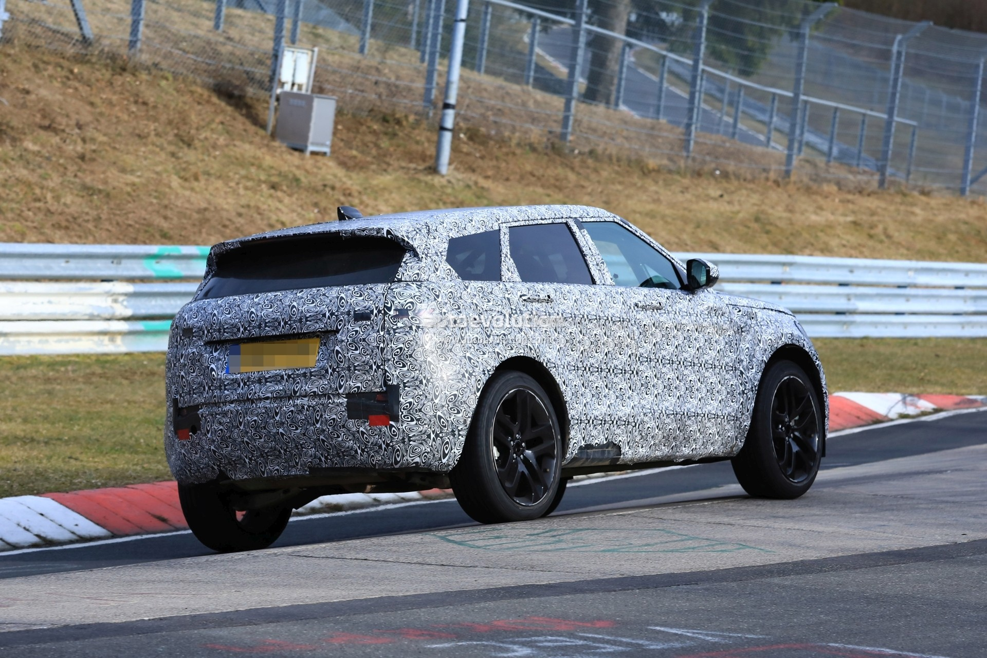 2020 Range Rover Evoque Spied on Nurburgring, Prototype ...