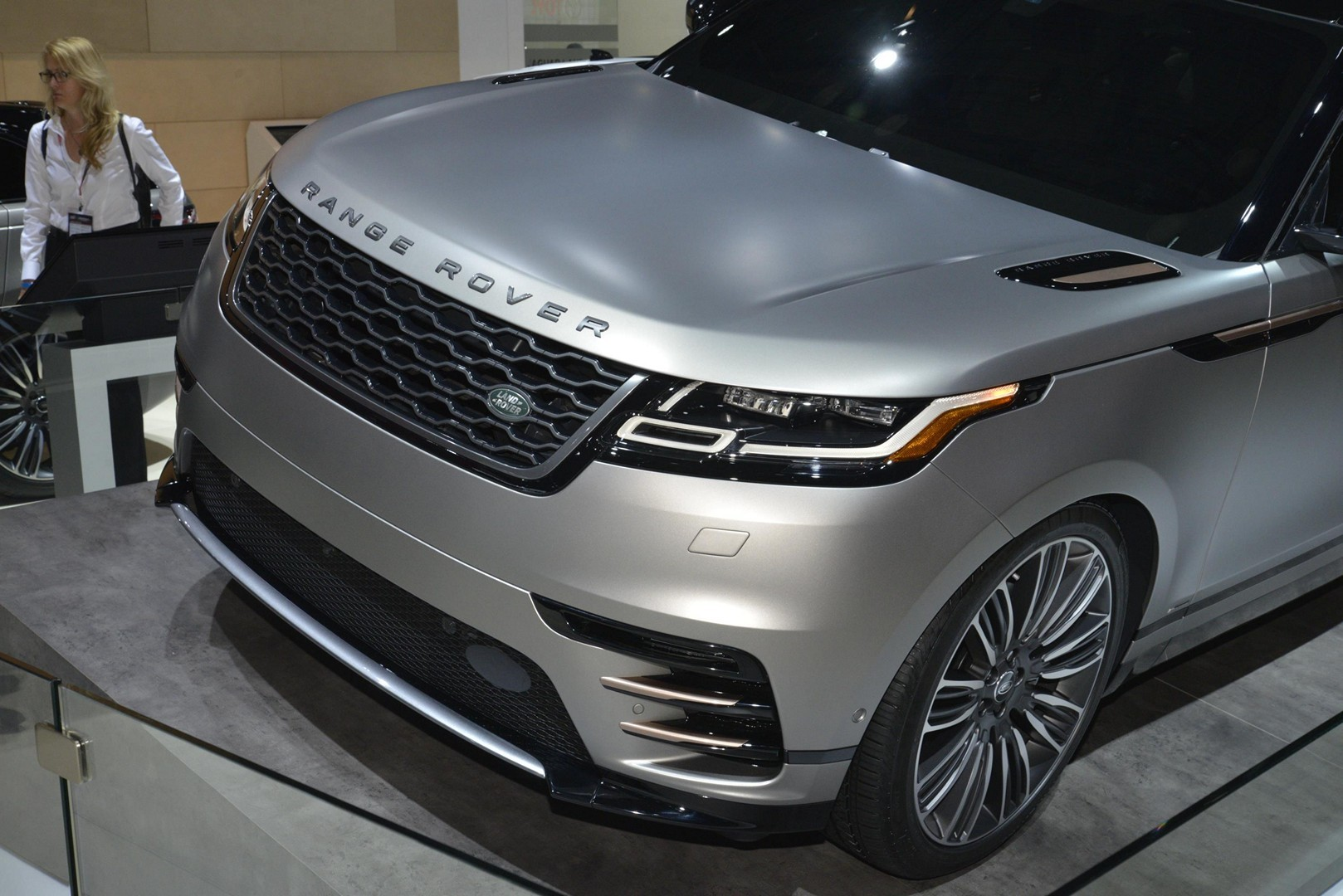 2020 Road Rover EV Crossover and Next Jaguar XJ to Share ...