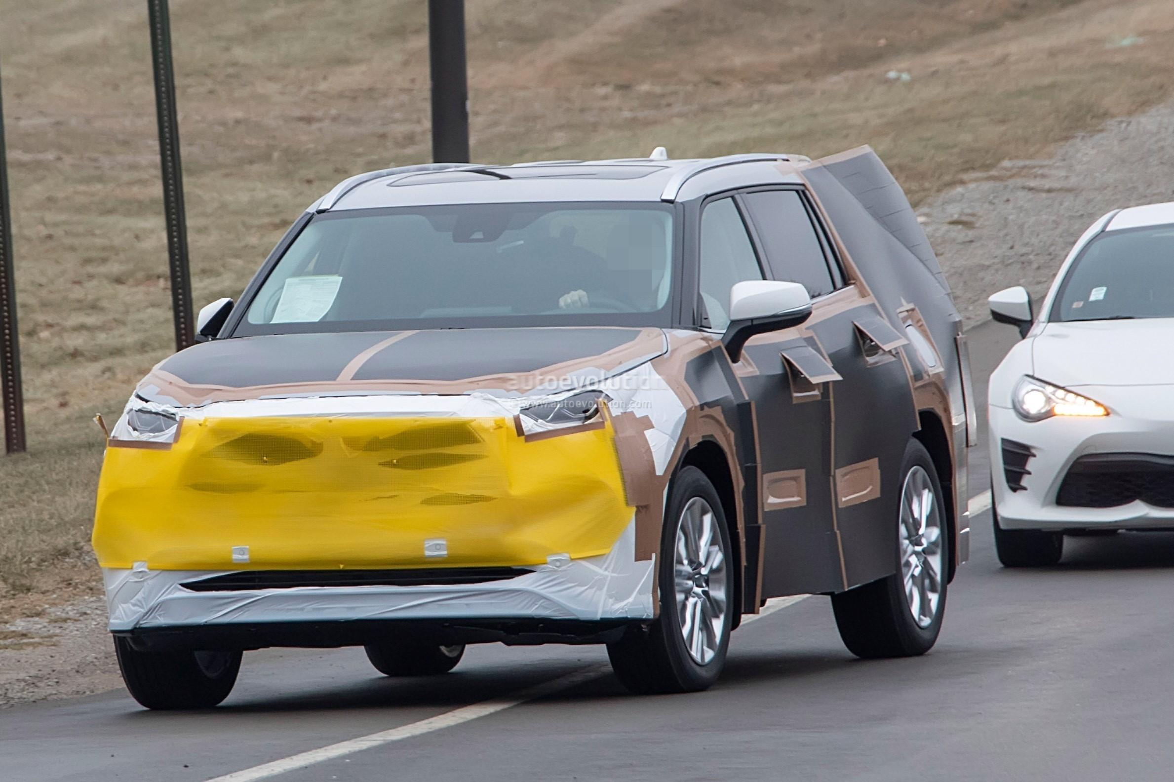 2020 Toyota Highlander Spied, Features RAV4-inspired Front ...
