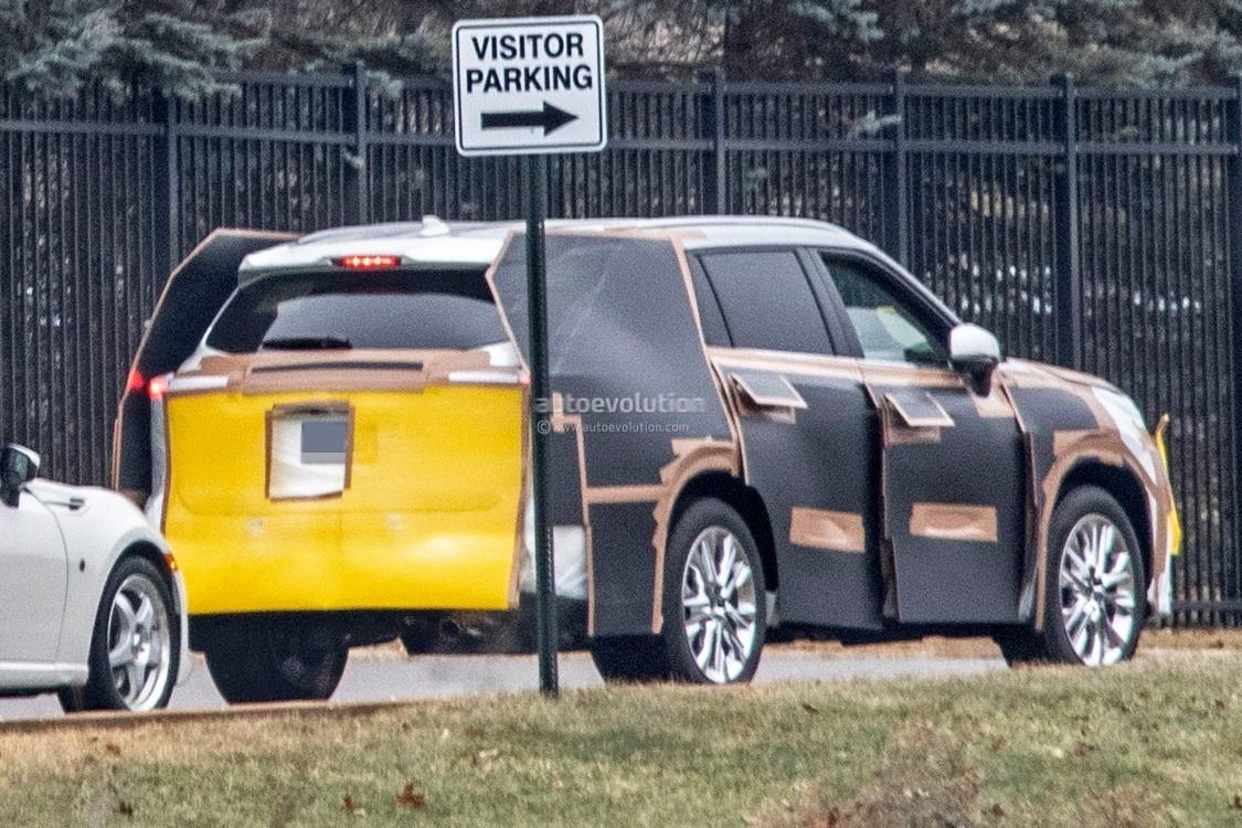 2019 Toyota Highlander >> 2020 Toyota Highlander Spied, Features RAV4-inspired Front Grille - autoevolution
