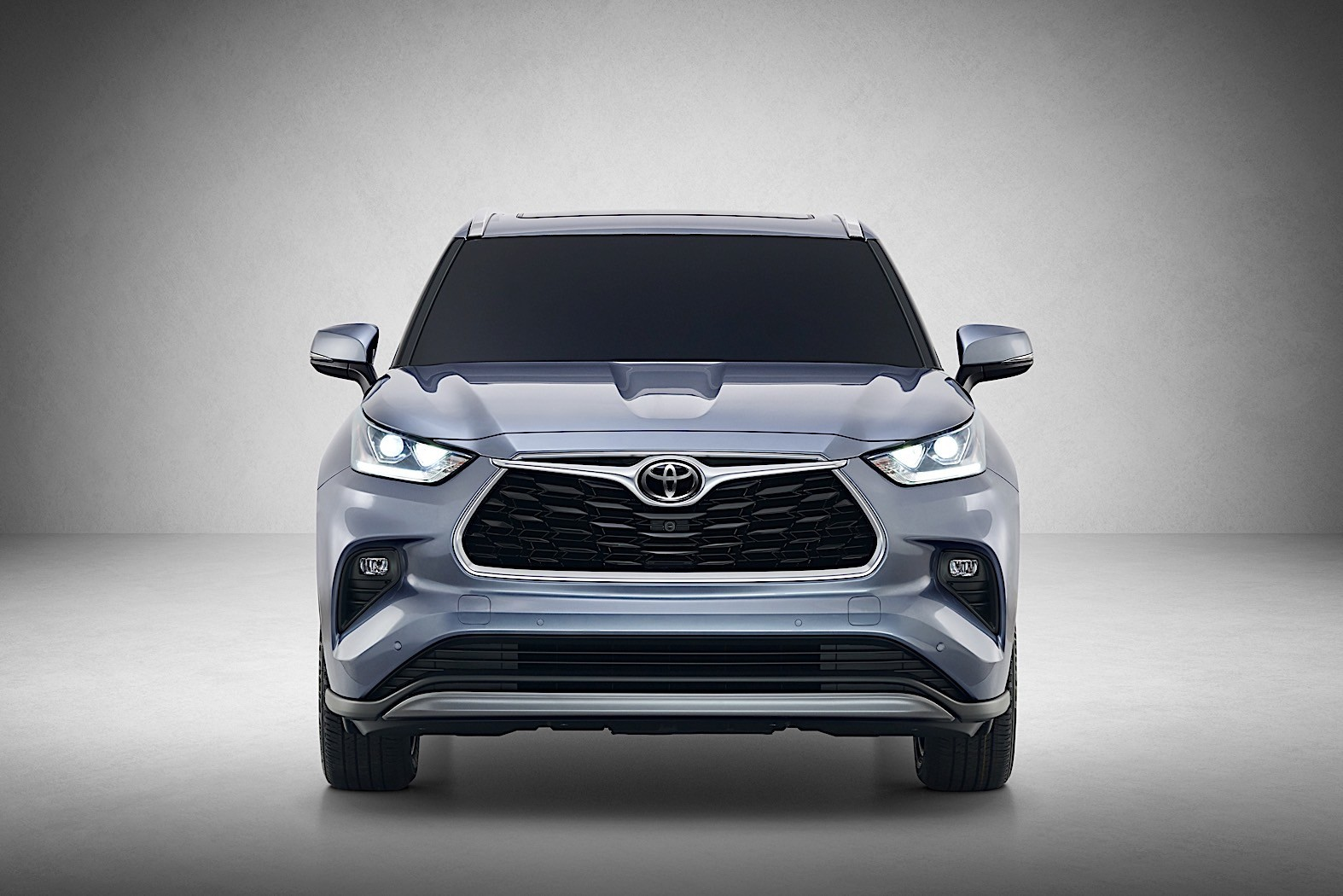 Toyota Ft Ac Concept furthermore Acura Ilx also Toyota Chr Koba Hero besides Interior Toyota Etios moreover Toyota Prius Prime Plus. on 2019 toyota highlander