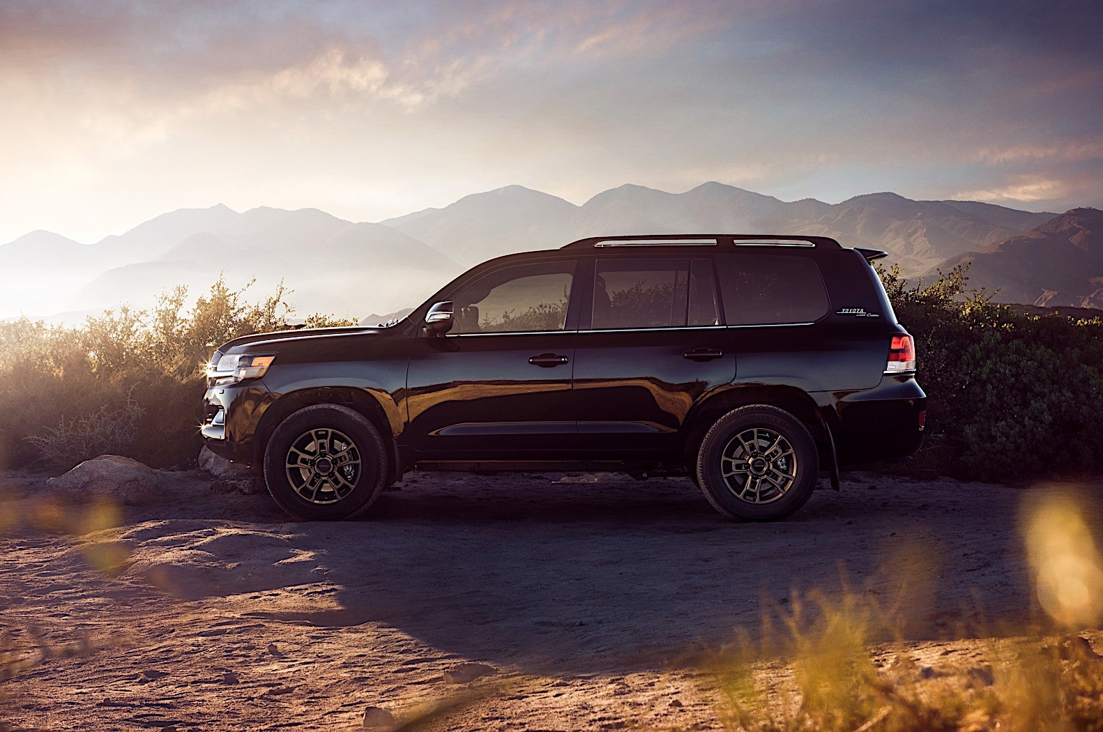 2020 Toyota Land Cruiser Heritage Edition Is One Shade ...