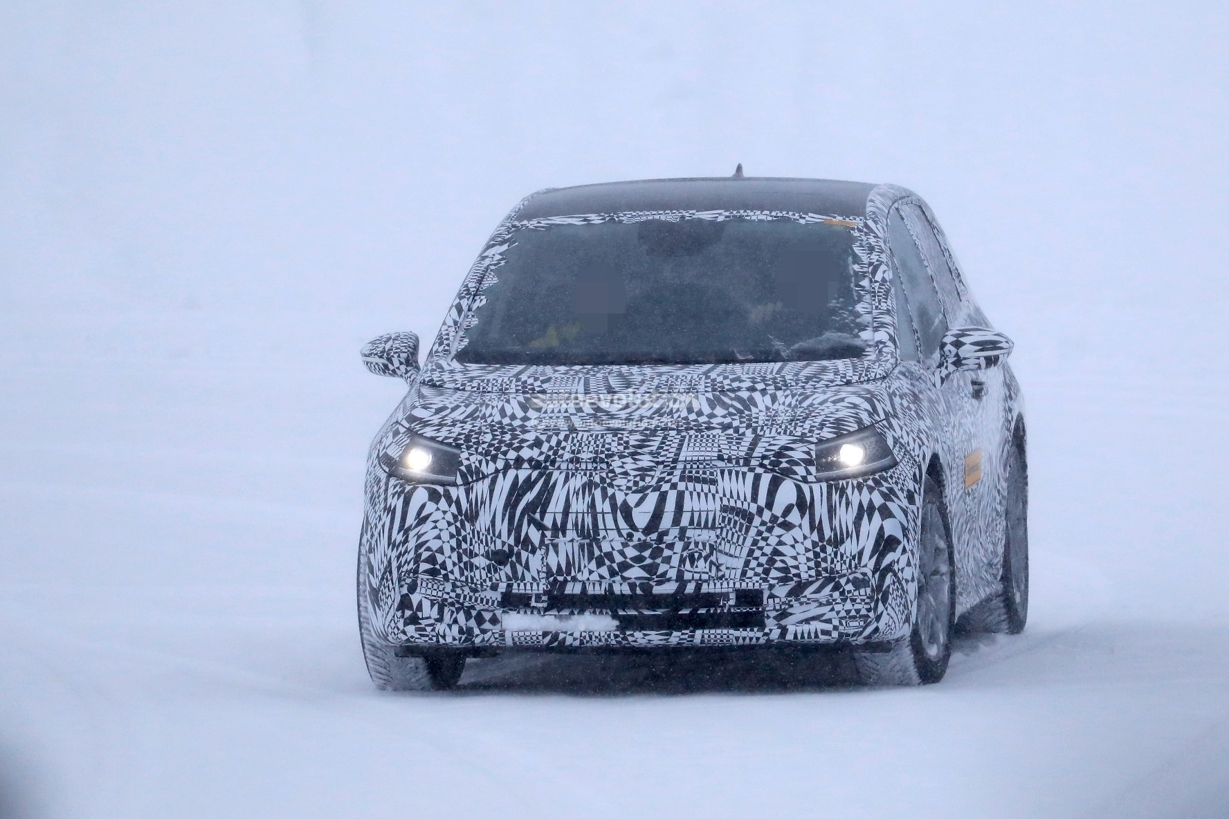 2020-volkswagen-id-spied-testing-near-the-arctic-circle_3