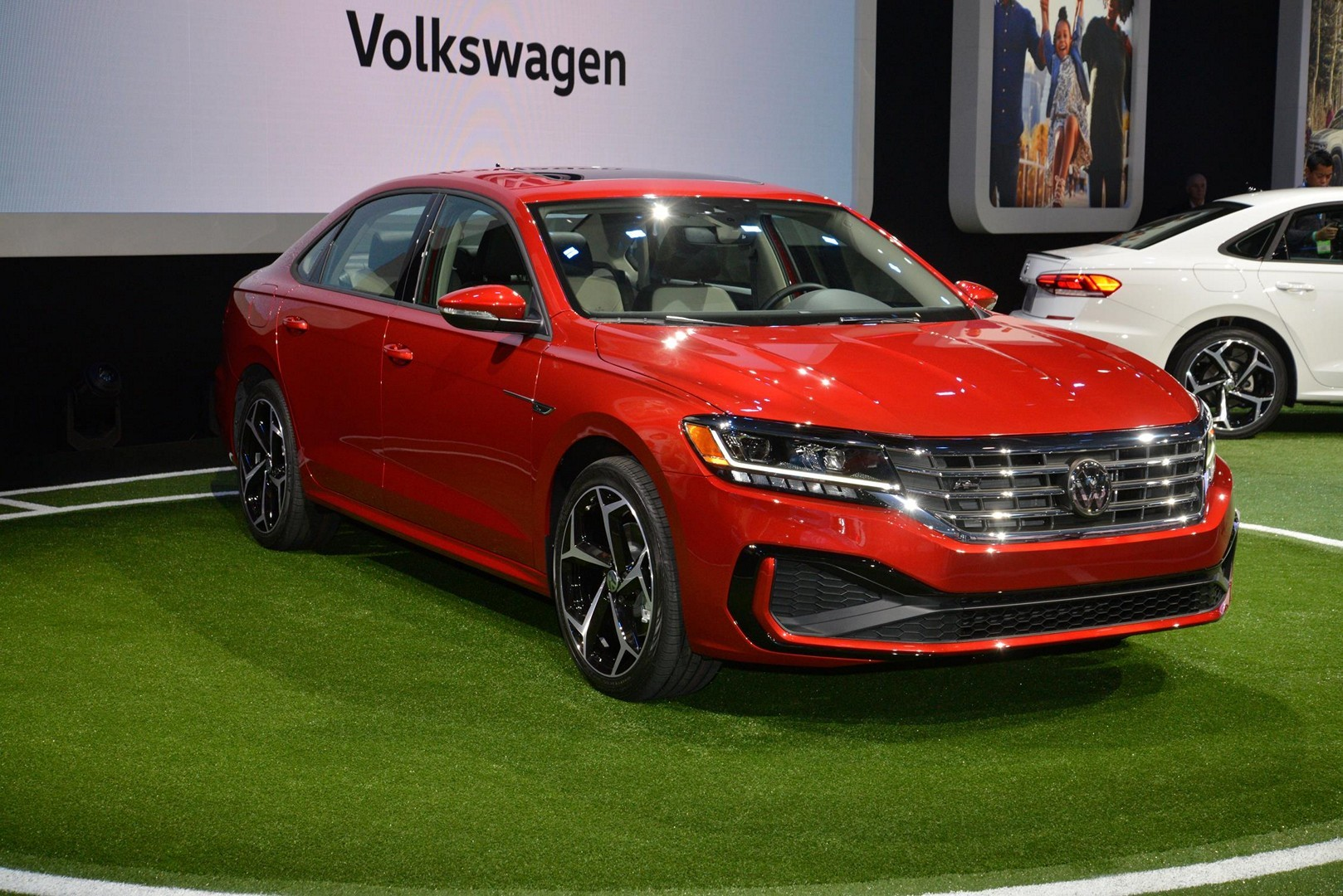 2020 VW Passat Is One Facelift Away from Moving to Florida - autoevolution