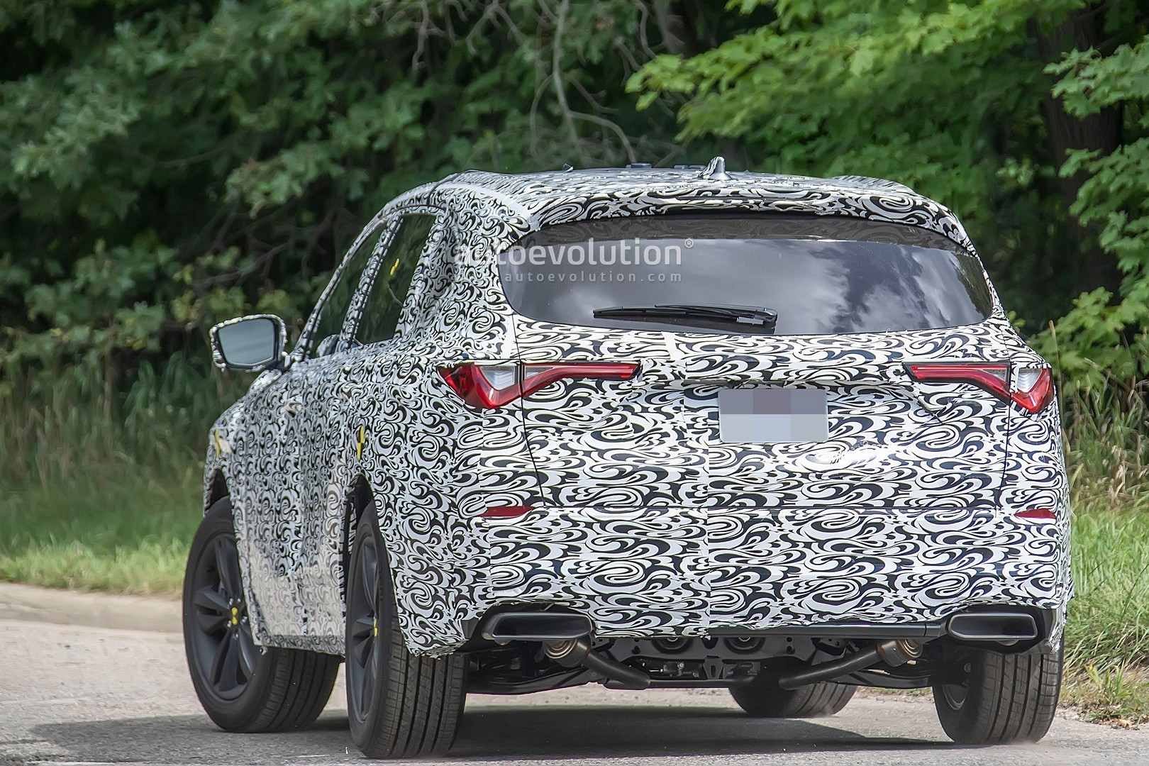 2021 acura mdx shows sharp styling in latest spyshots