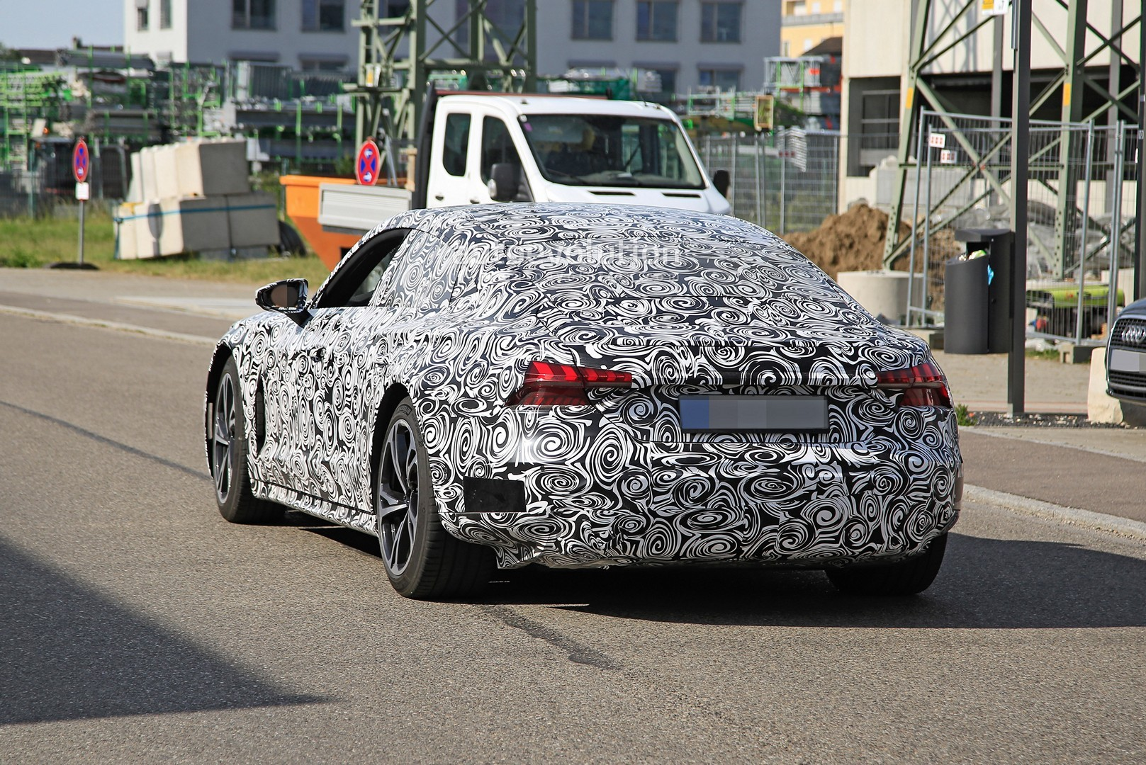 2021-audi-​e-tron-gt-​spotted-10​0000-ev-ge​tting-read​y-for-prod​uction_10