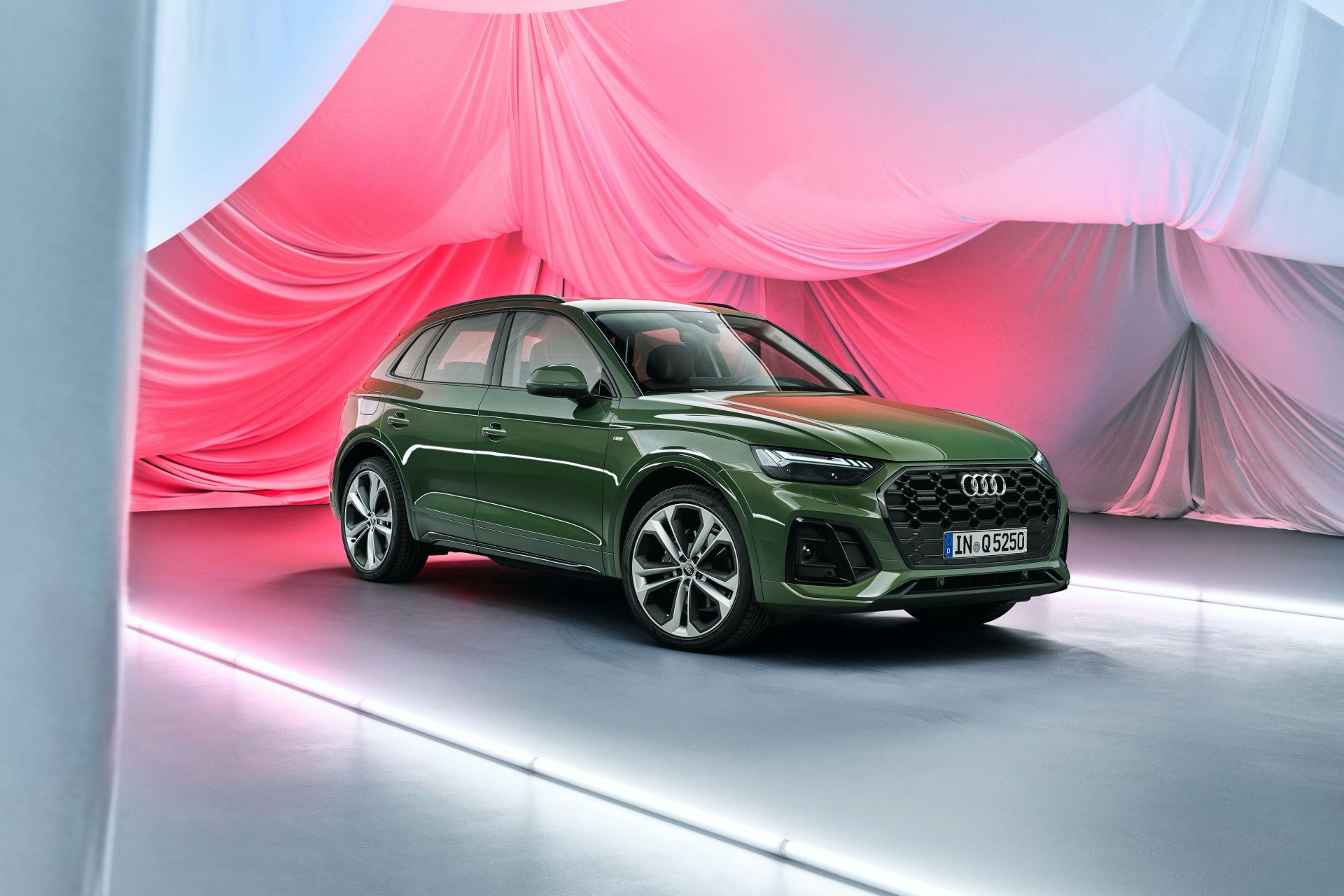 2021 audi q5 debuts with fresh design and 12v mildhybrid