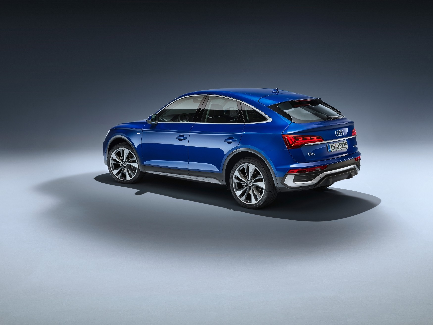 2021 Audi Q5 Sportback Joins Coupe-SUV Craze With Mild ...