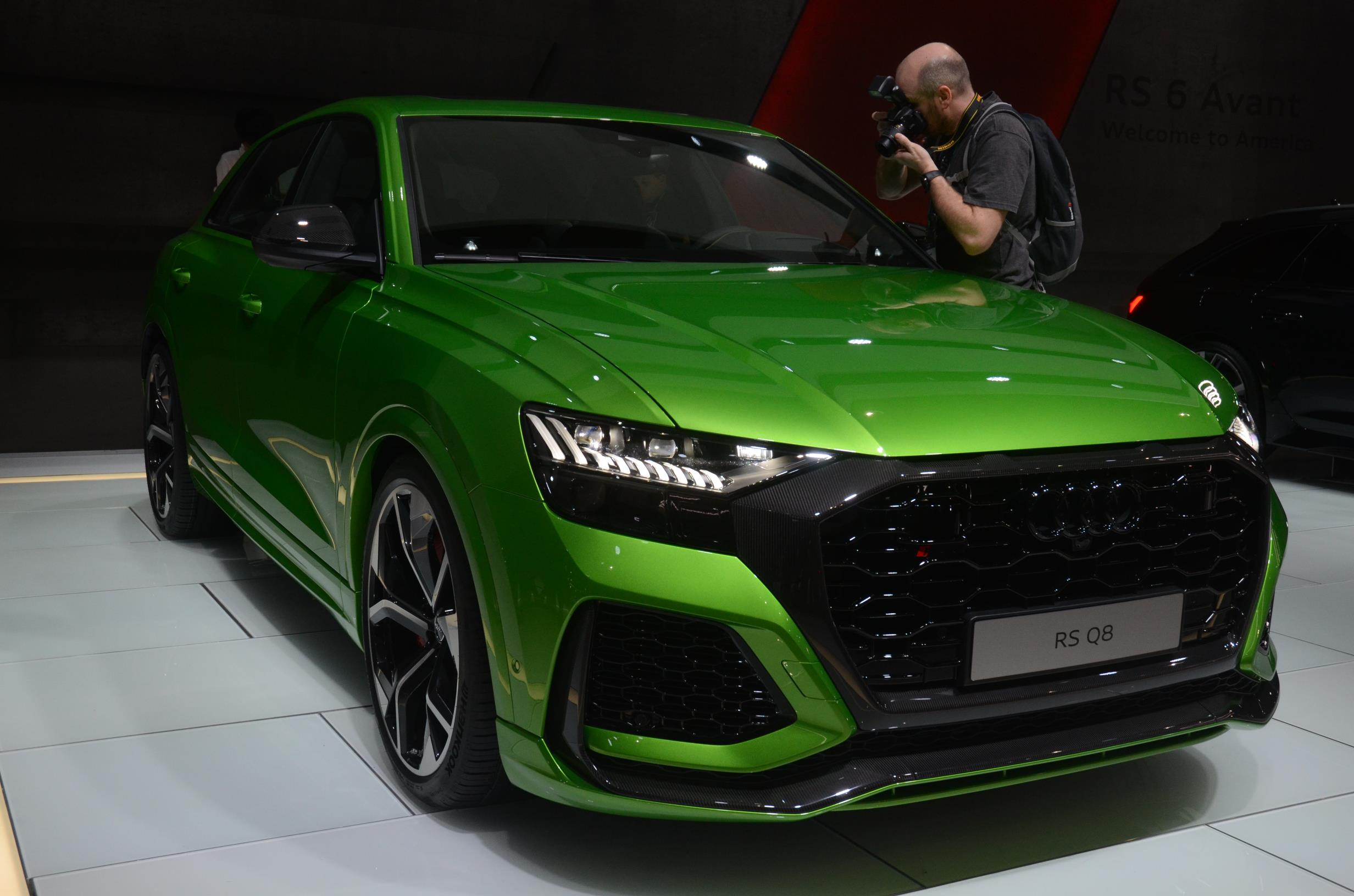 2021 audi rs q8 priced at 113000 is a budget