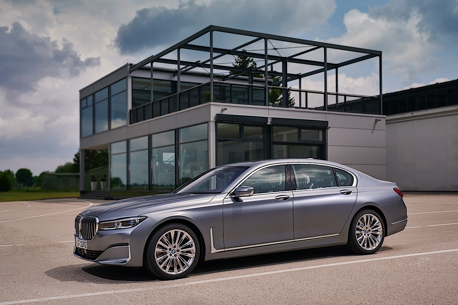 2021 bmw 7 series gets new diesel options with mild hybrid