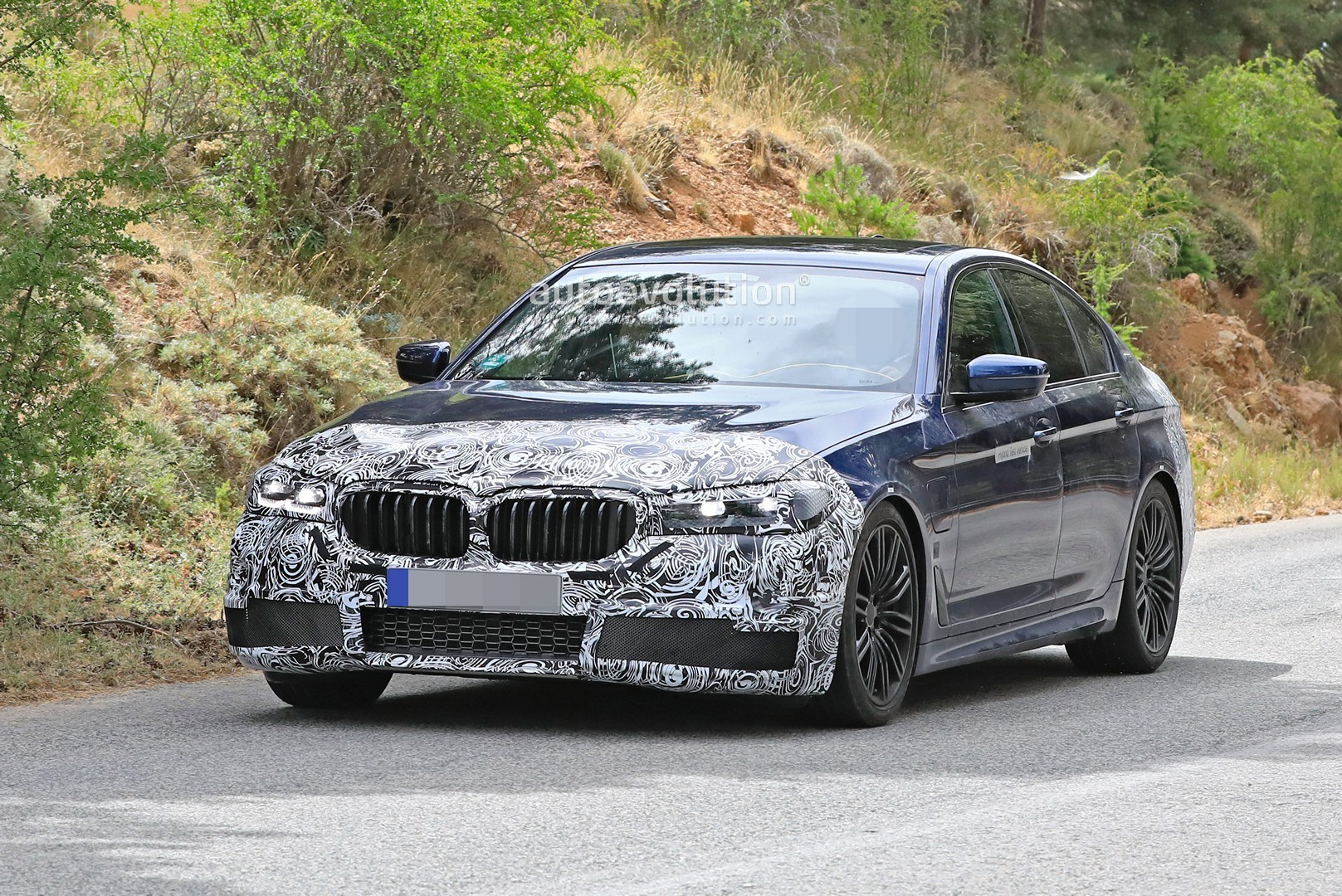2021 bmw m5 makes spyshots debut 5 series shed some camo