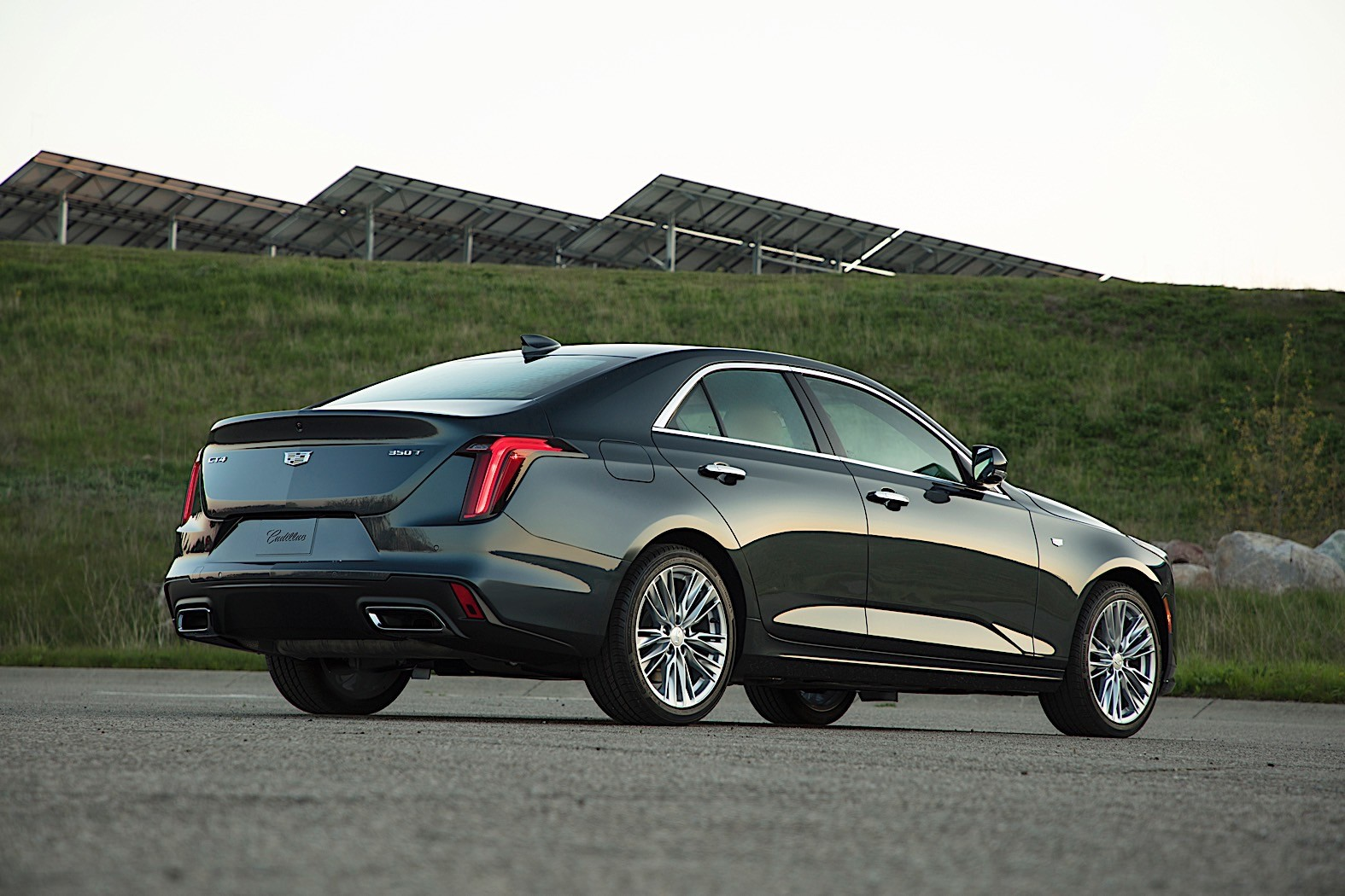 2021 Cadillac CT4-V Blackwing Expected With Twin-Turbo V6 ...