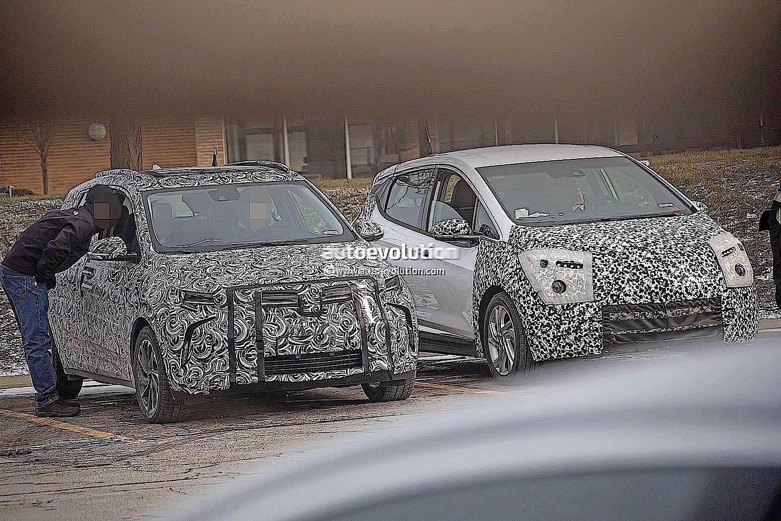 2021 Chevrolet Bolt EUV Crossover Has Ground Clearance ...