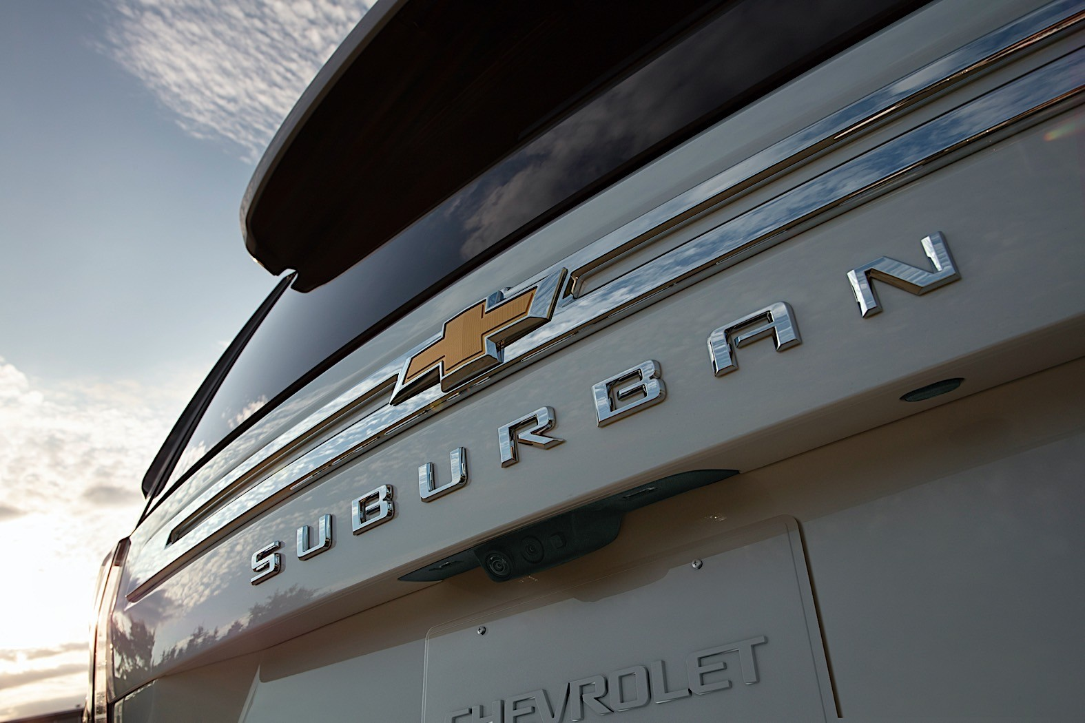 2021 Chevrolet Tahoe Pricing Announced, LS Trim Level ...