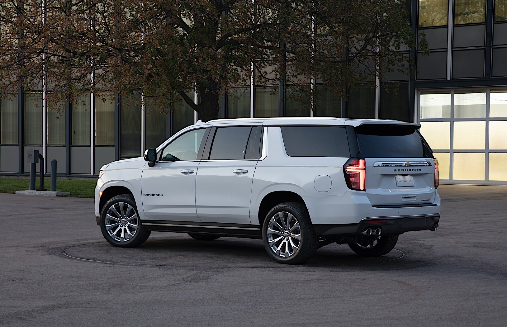 2021 Chevy Suburban Is Here, Continues the Story of the ...