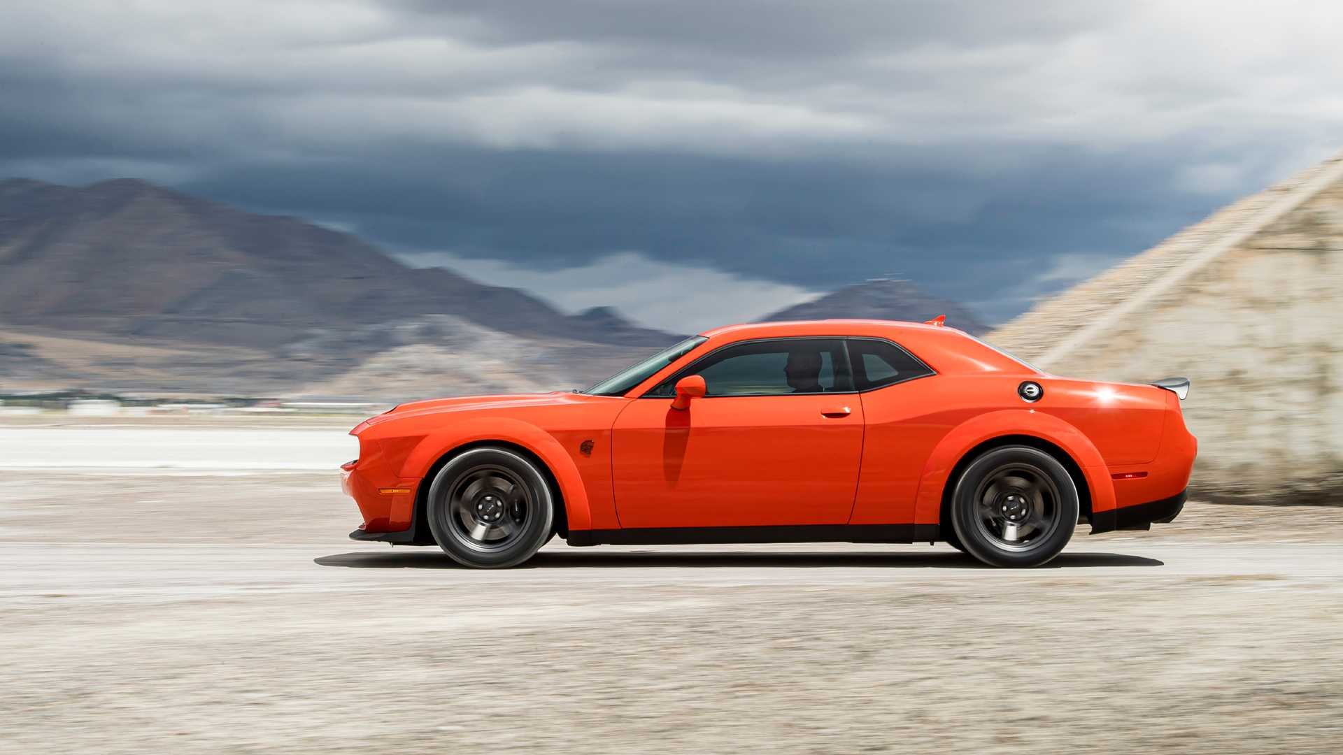 challenger dodge srt muscle demon redeye half hellcat superstock durango typical suv variants confirms charger three autoevolution drag speed racing