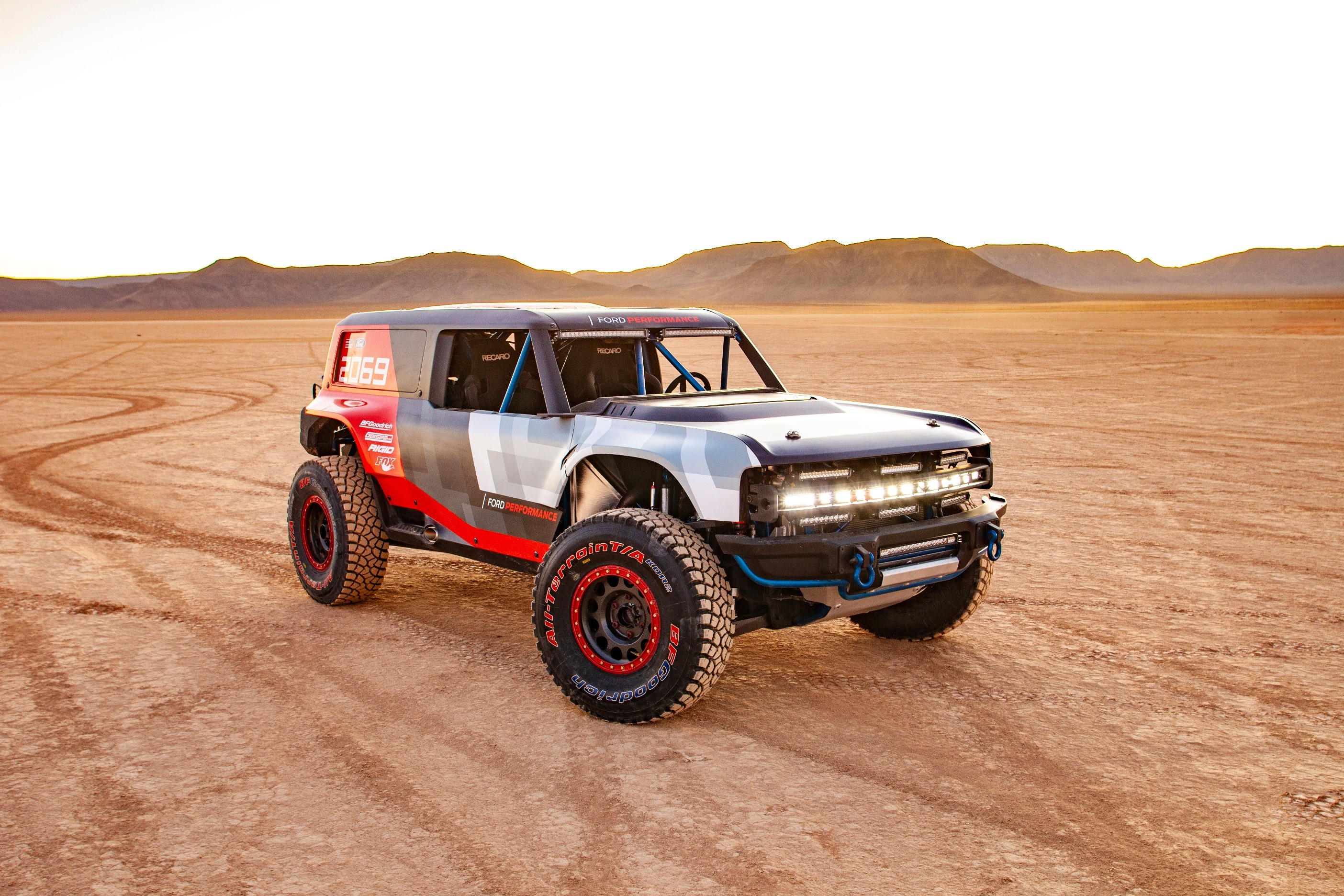 2021 Ford Bronco Official Reveal Set for July 2020, New ...
