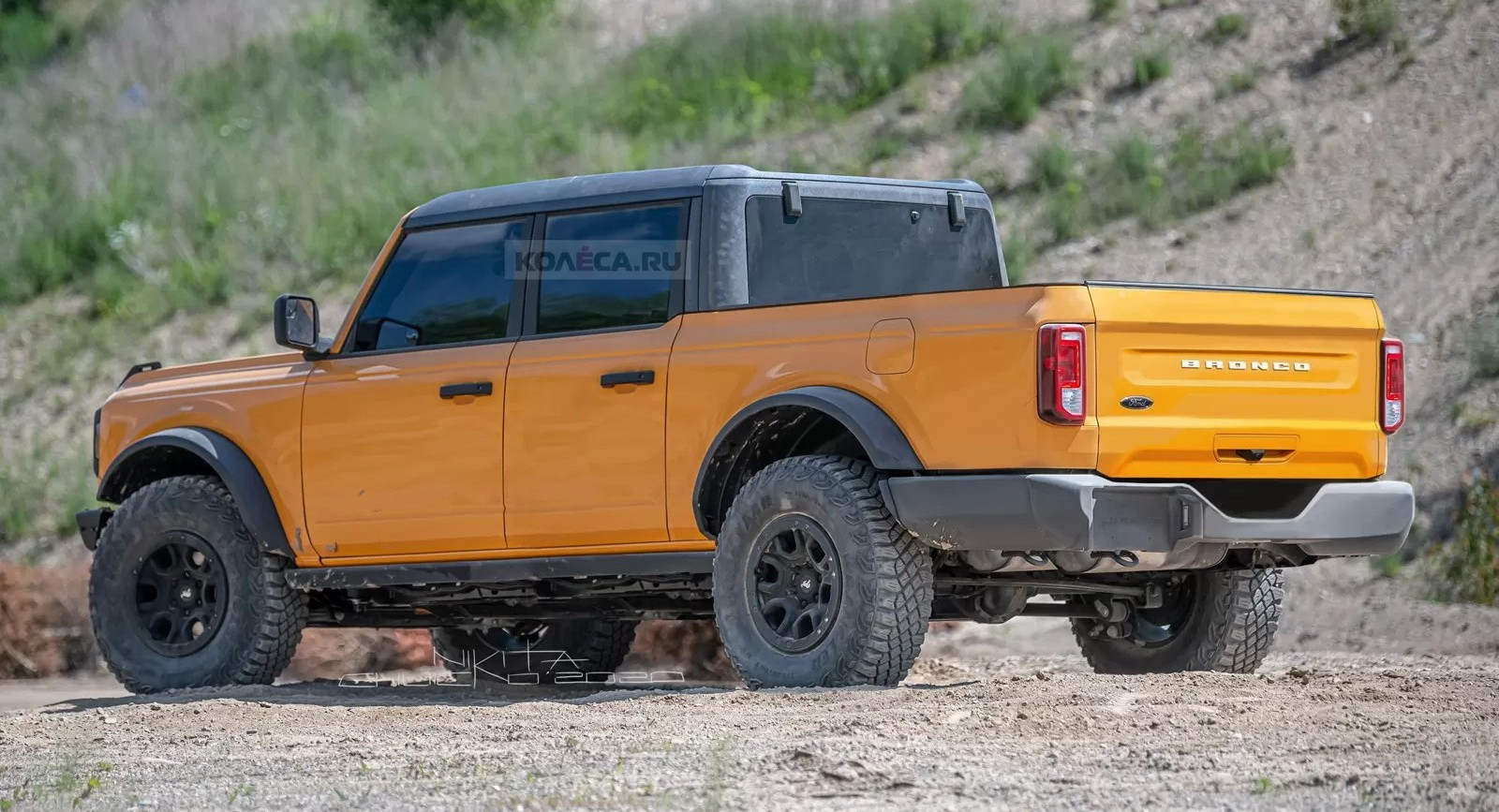 2021 ford bronco pickup rendering is a jeep gladiator